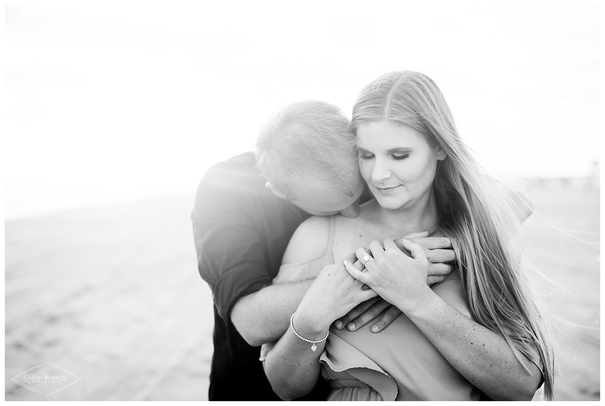HI_Balboa_Island_Newport-Beach-Engagement-Photography-031.jpg