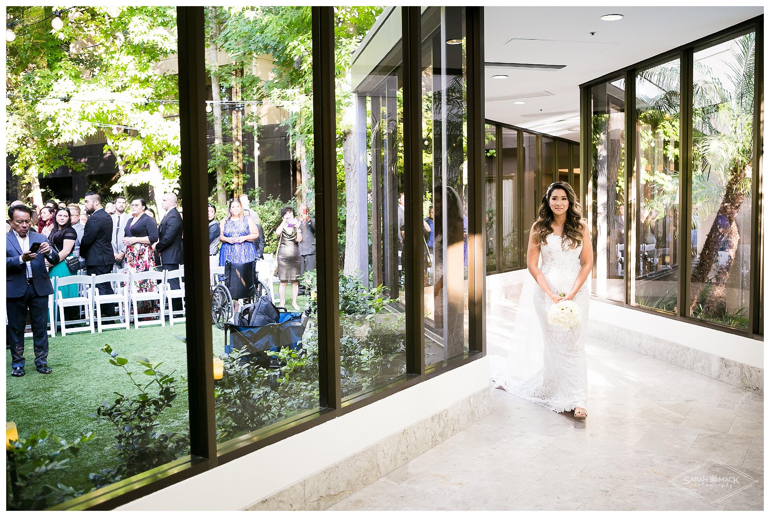 LE-Avenue-of-the-Arts-Costa-Mesa-Wedding-Photography-0141.jpg