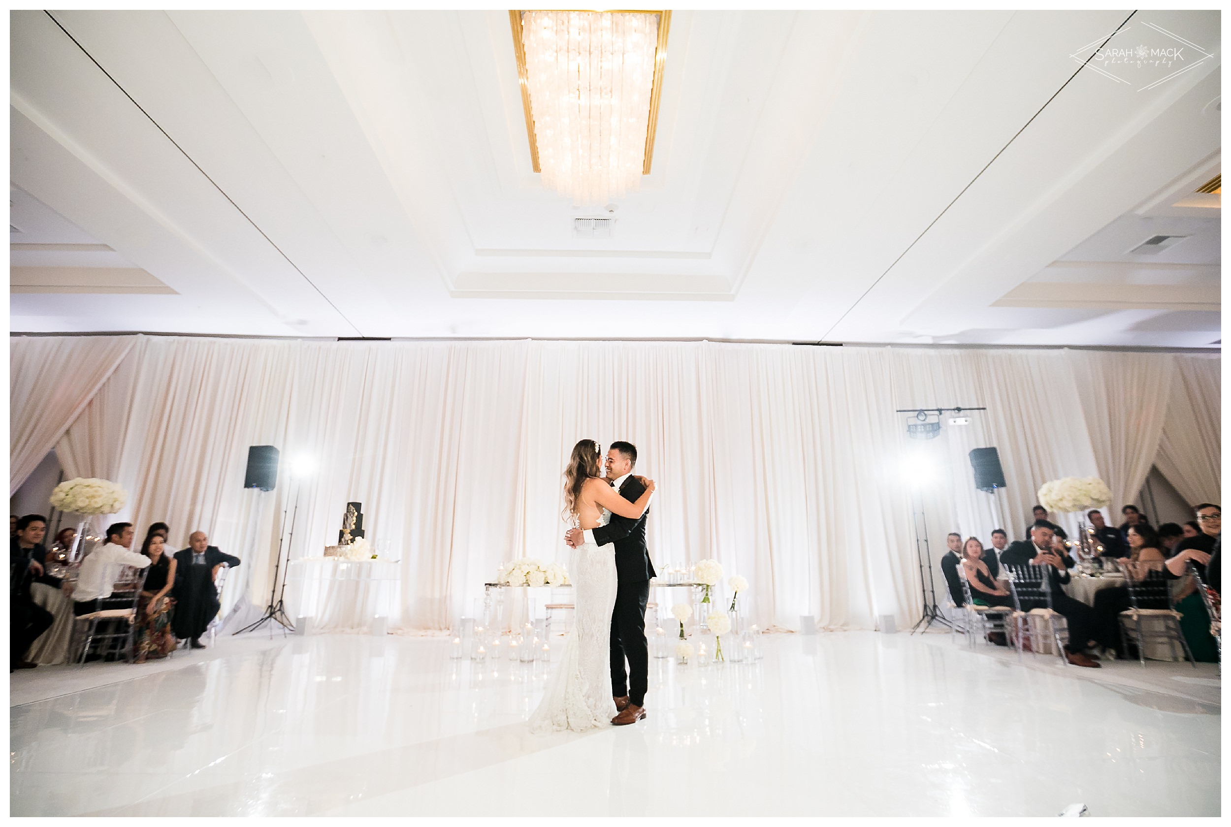 LE-Avenue-of-the-Arts-Costa-Mesa-Wedding-Photography-0185.jpg