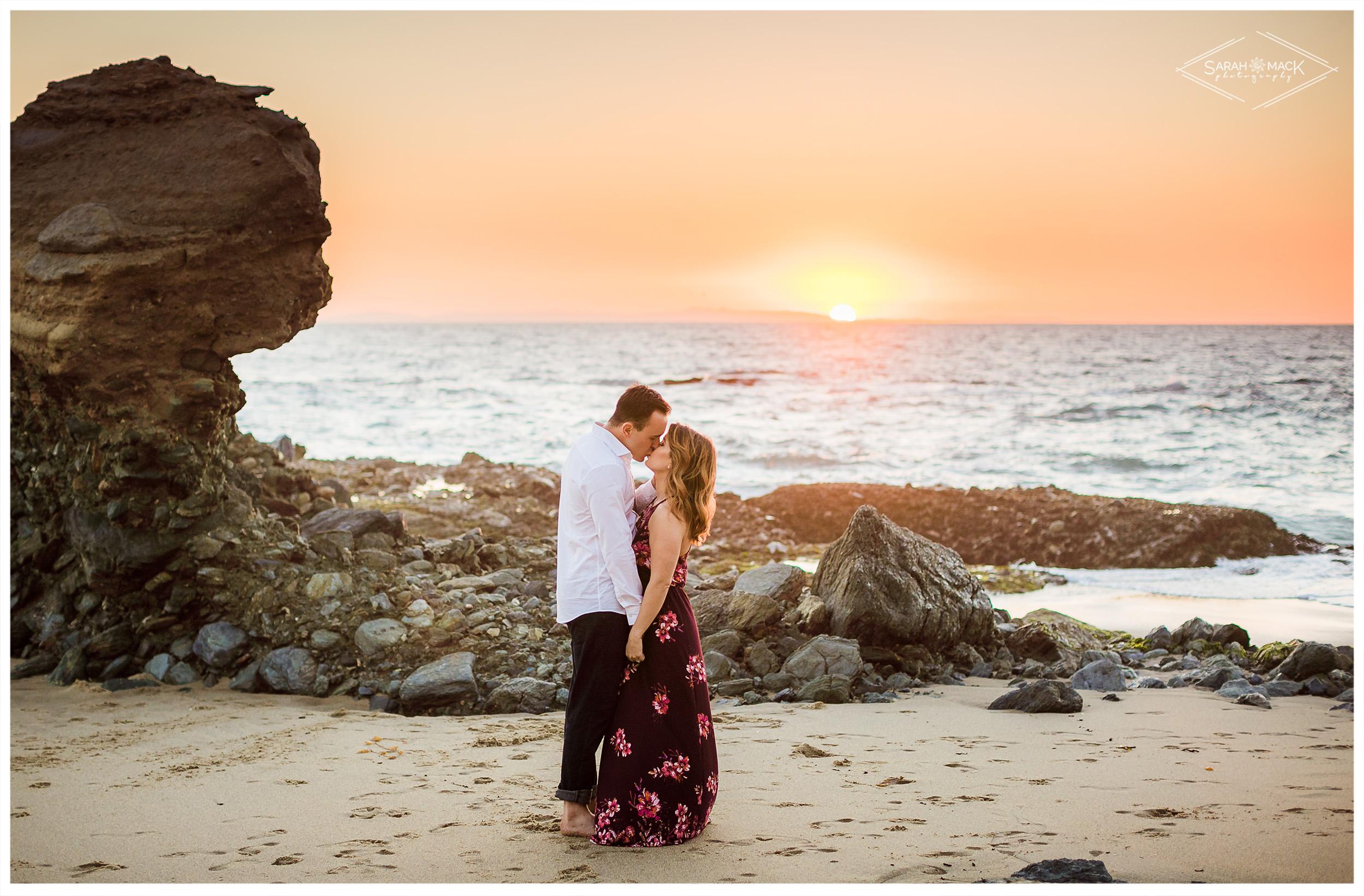LN-Table-Rock-Beach-Laguna-Engagement-Photography-17.jpg