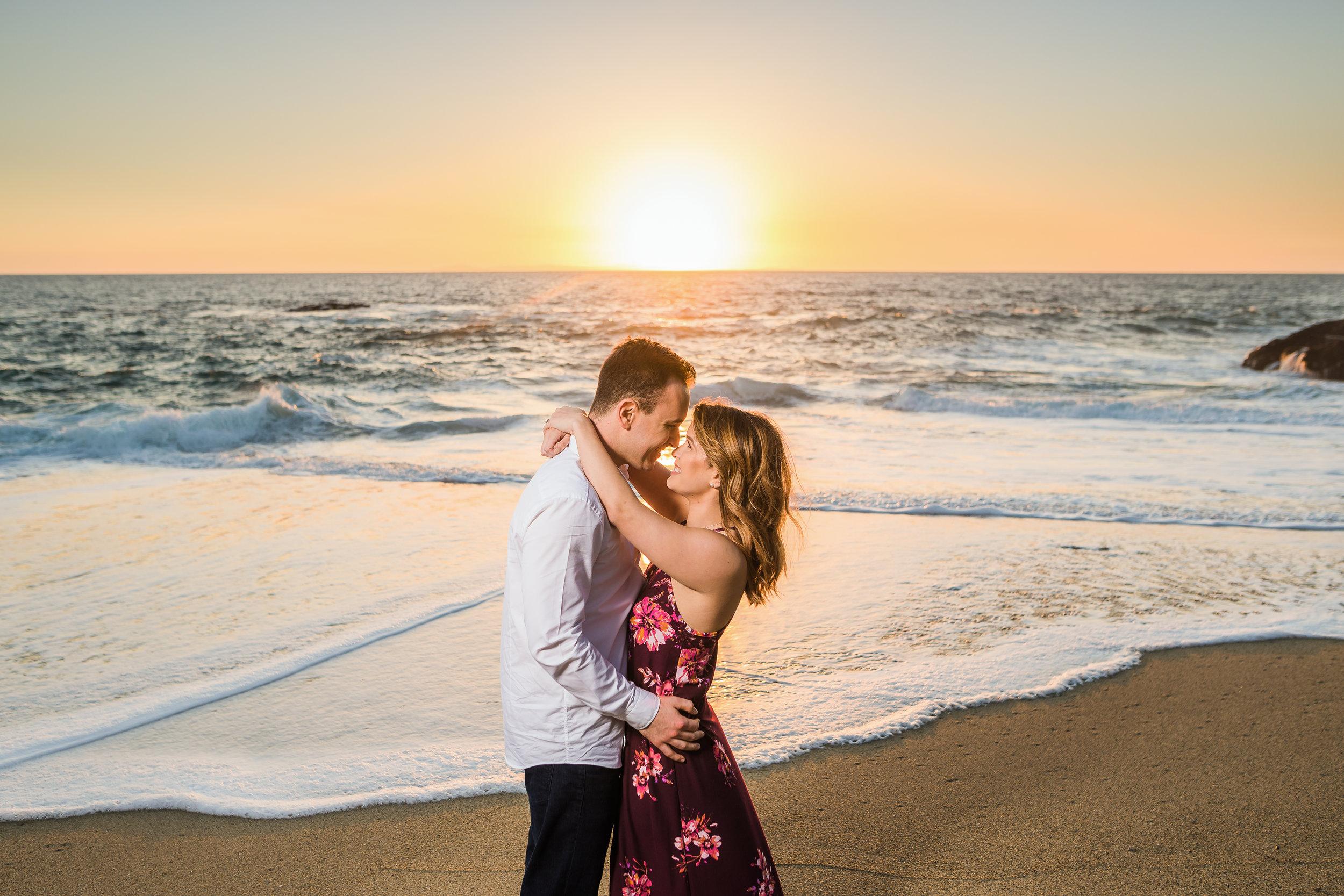 LN-Table-Rock-Beach-Laguna-Engagement-Photography 125.jpg
