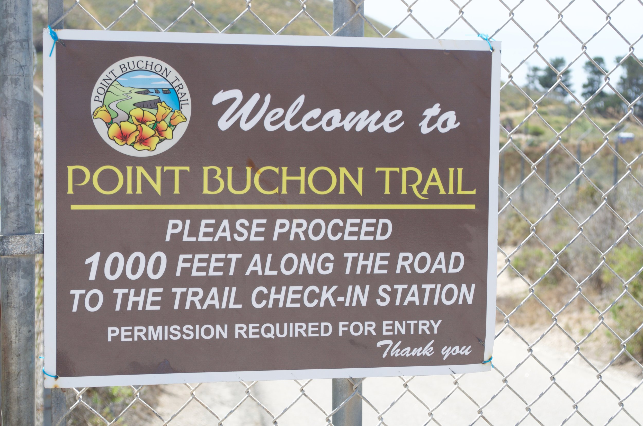 The sign leading into the trail.