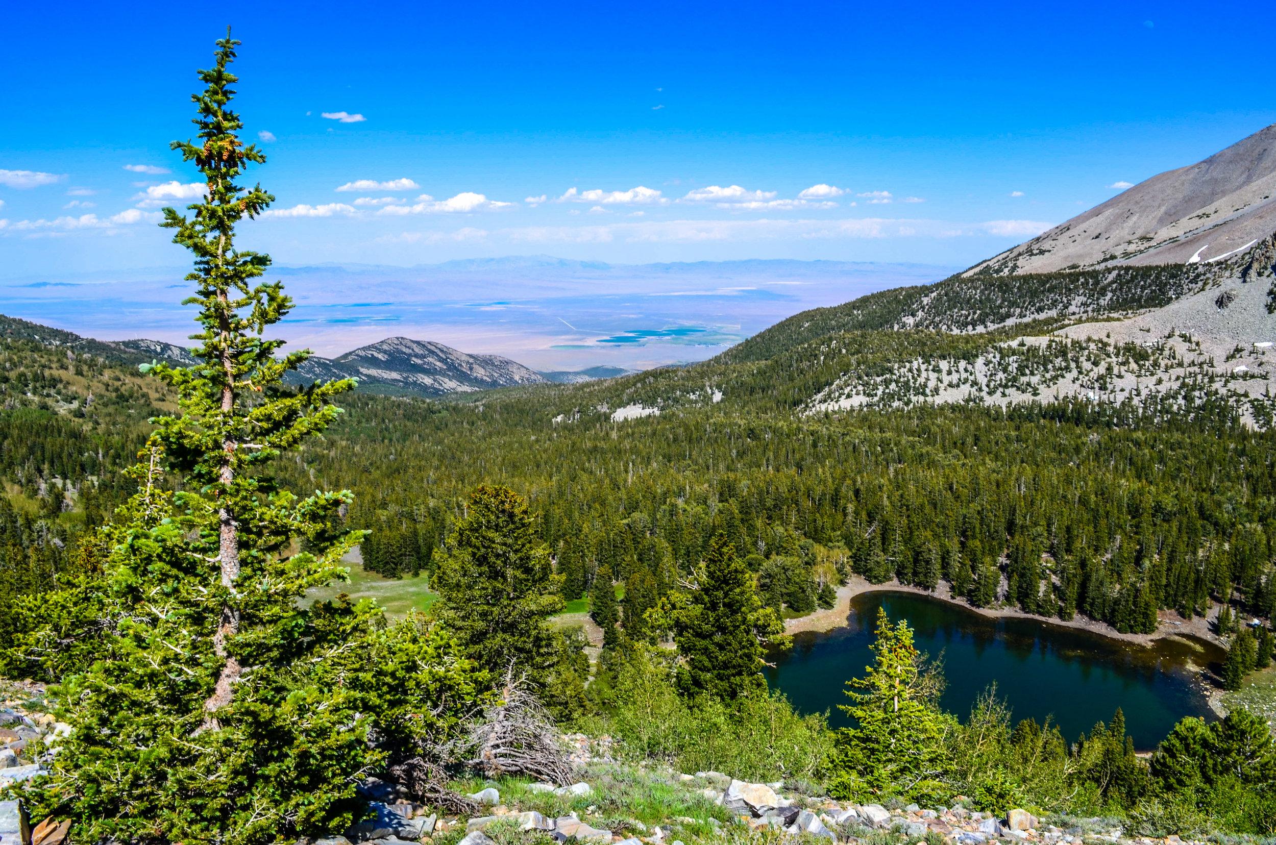 A glimpse of Stella Lake as we ascend