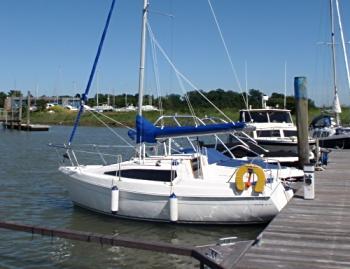 leisure-18-moored.jpg