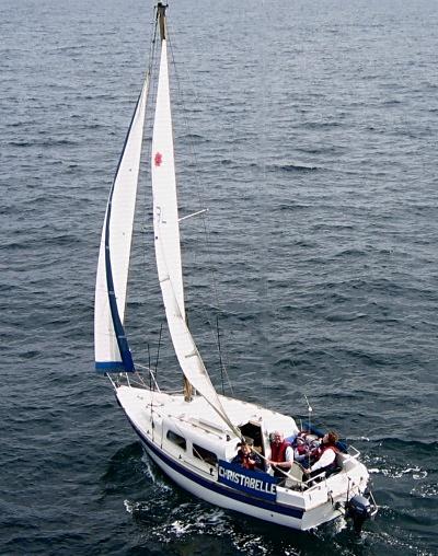 leisure-22-sailing.jpg