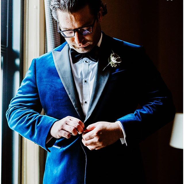 Peter never looked so good on his big day! #custom #clothing #weddingsuitschicago #lookingdapper @egpwed