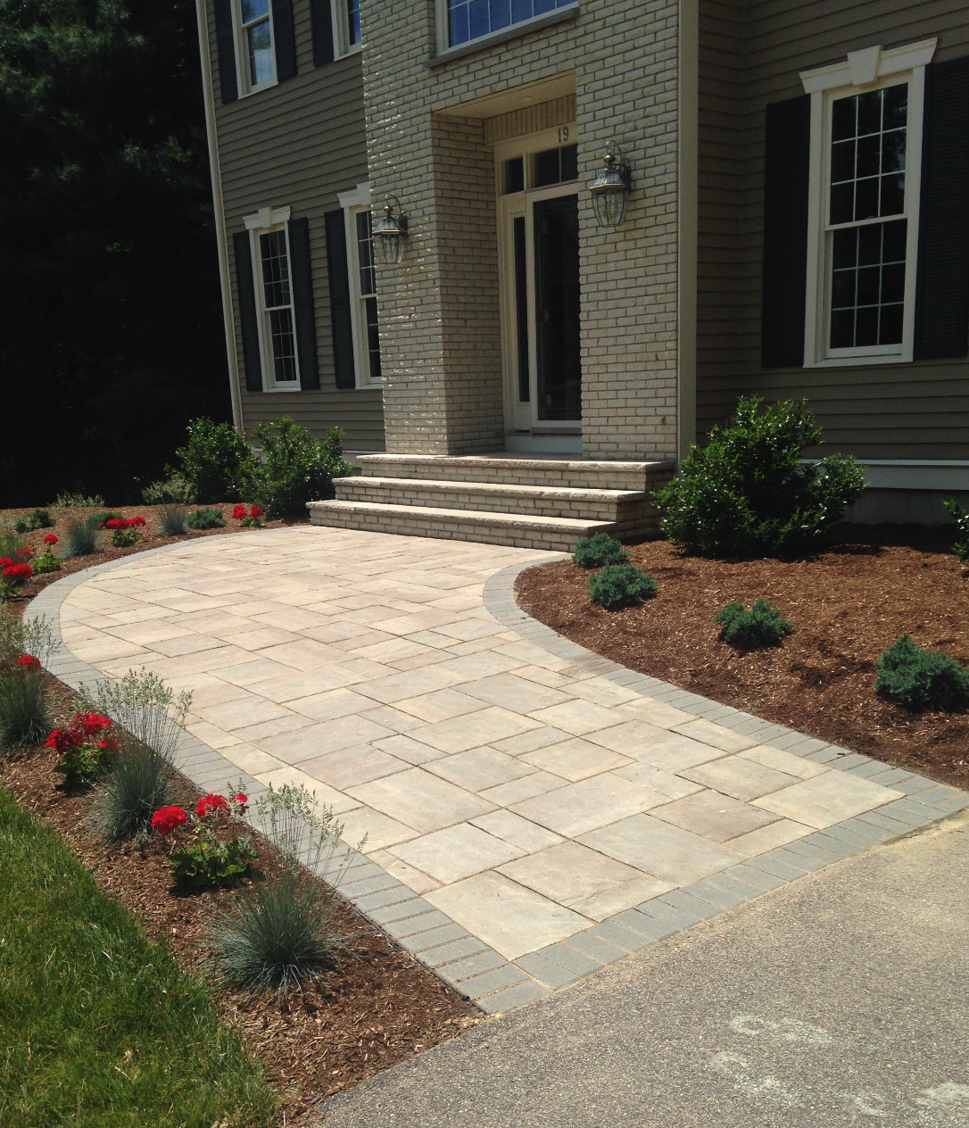Stunning walkway landscape design in Sharon Massachusetts