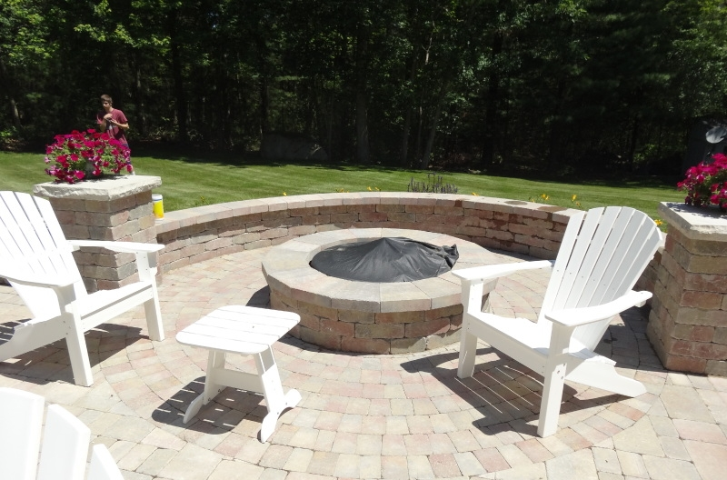 Selecting the Right Pavers for Your Chestnut Hill, MA, Patio Installation Project