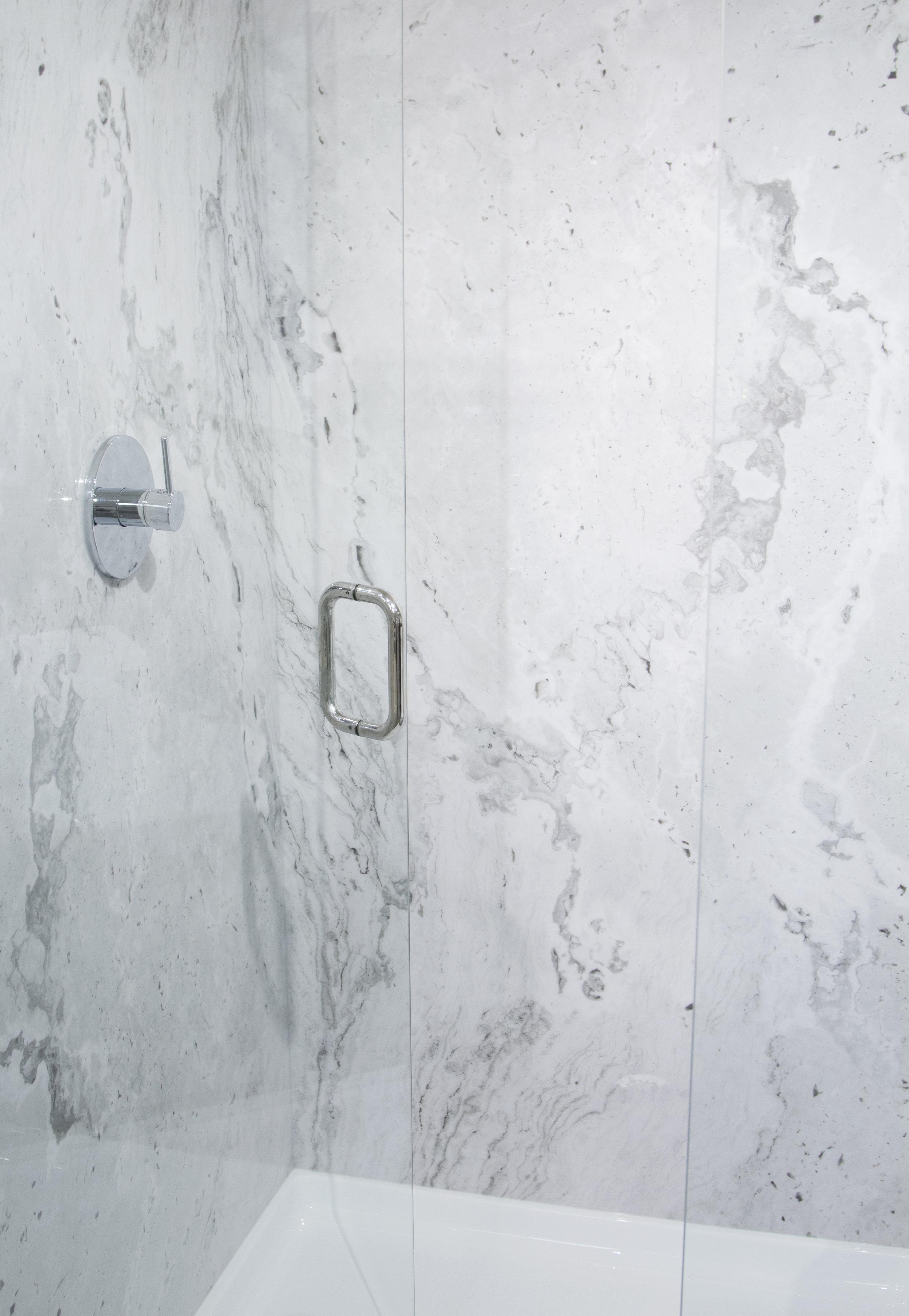 Whitecastle Shower_V_4.jpg