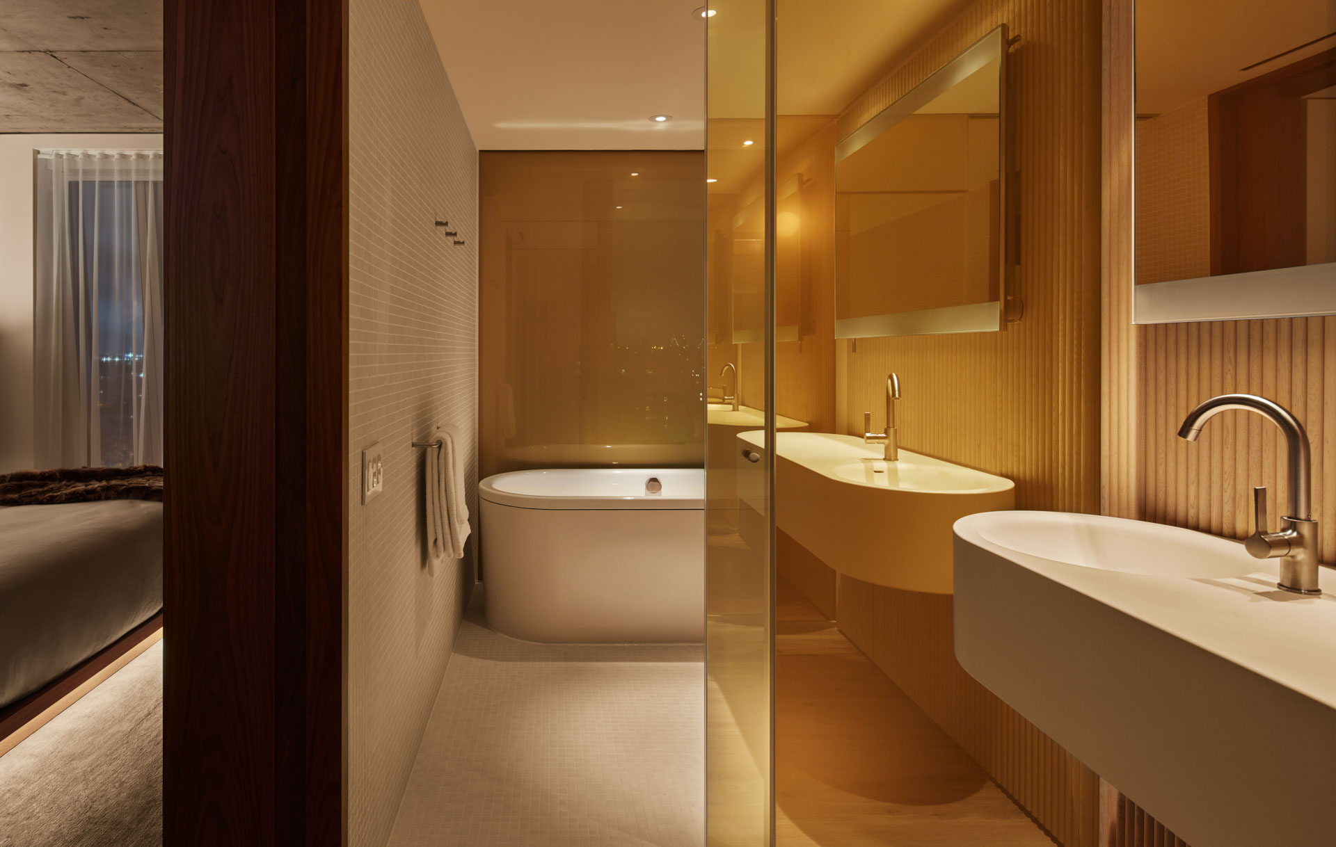 10-PUBLIC Hotel New York City - Suite Bathroom - © Nicholas Koenig.jpg