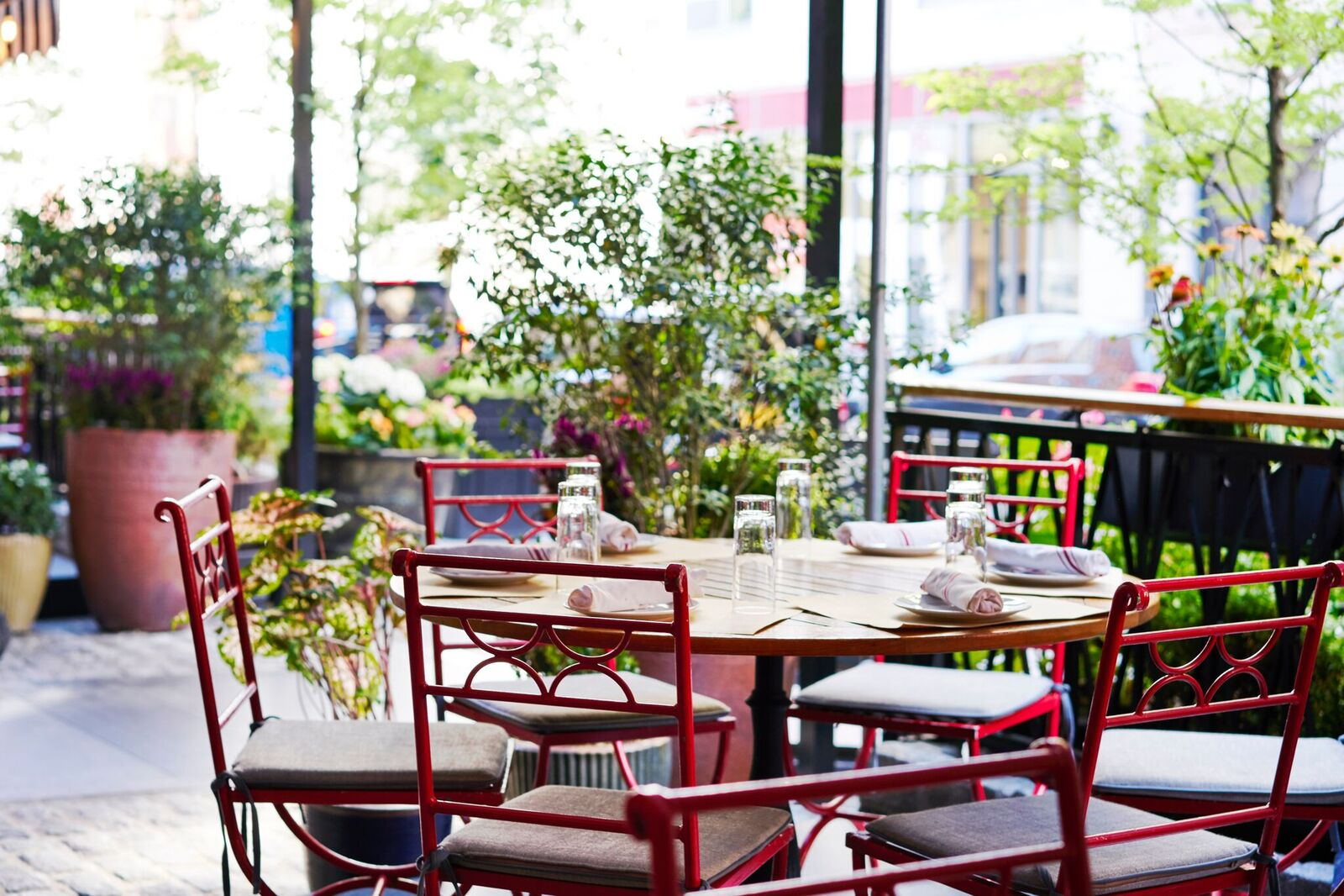 Sessanta-Outdoor-Seating-3_preview.jpg