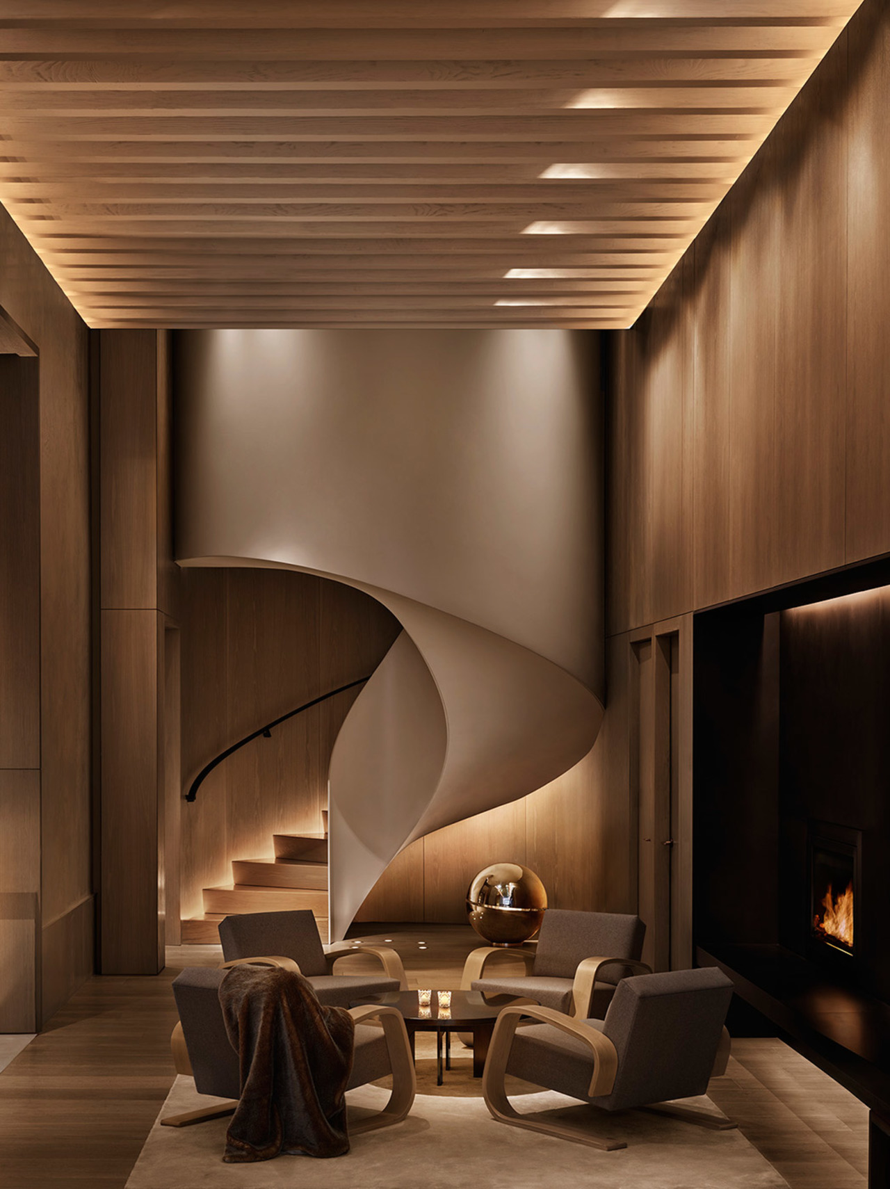 NYC-EDITION-Lobby-Staircase-Seating-1048x1400.jpg