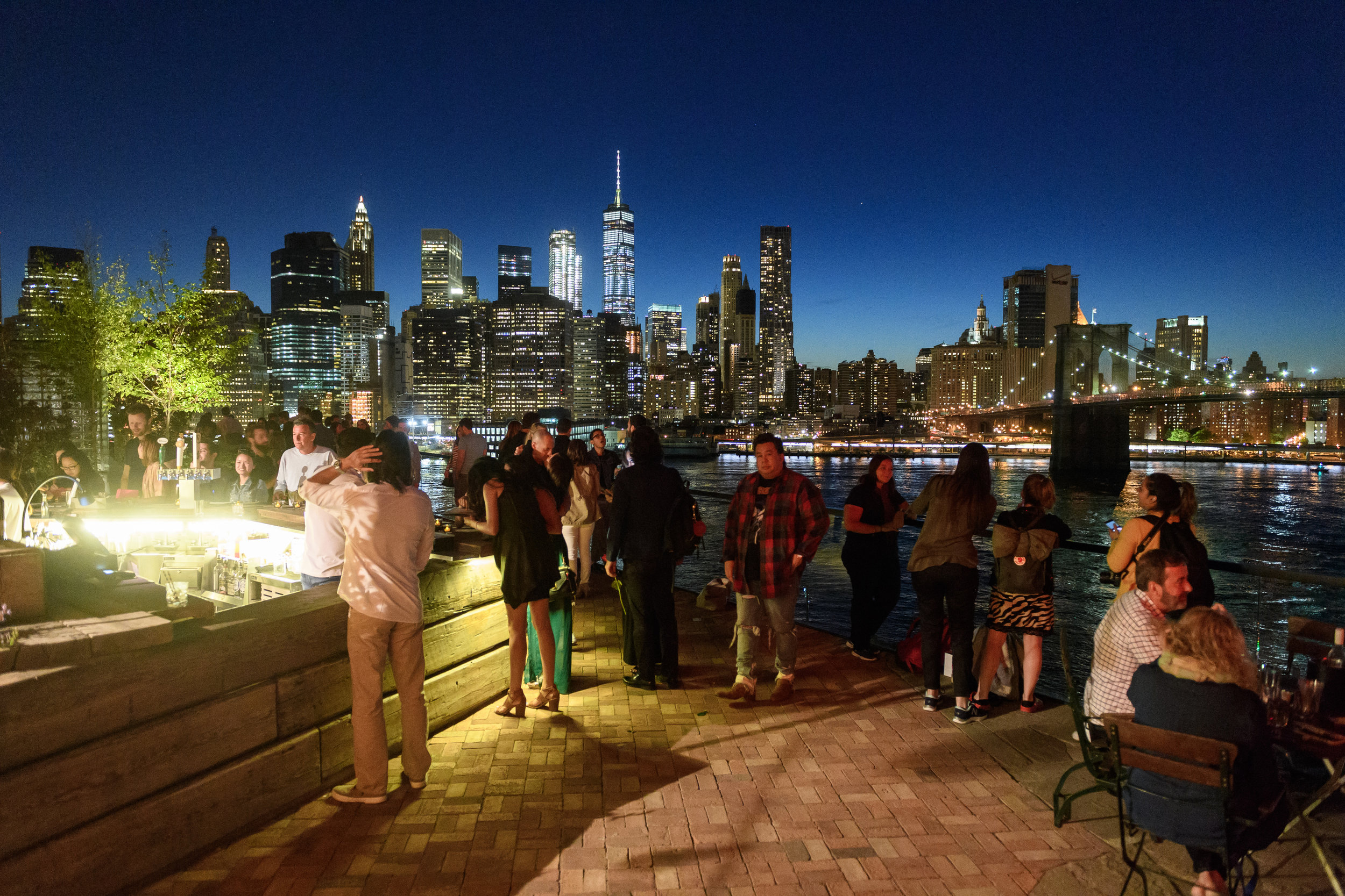 1 ROOFTOP. - NEW YORK   Dumbo