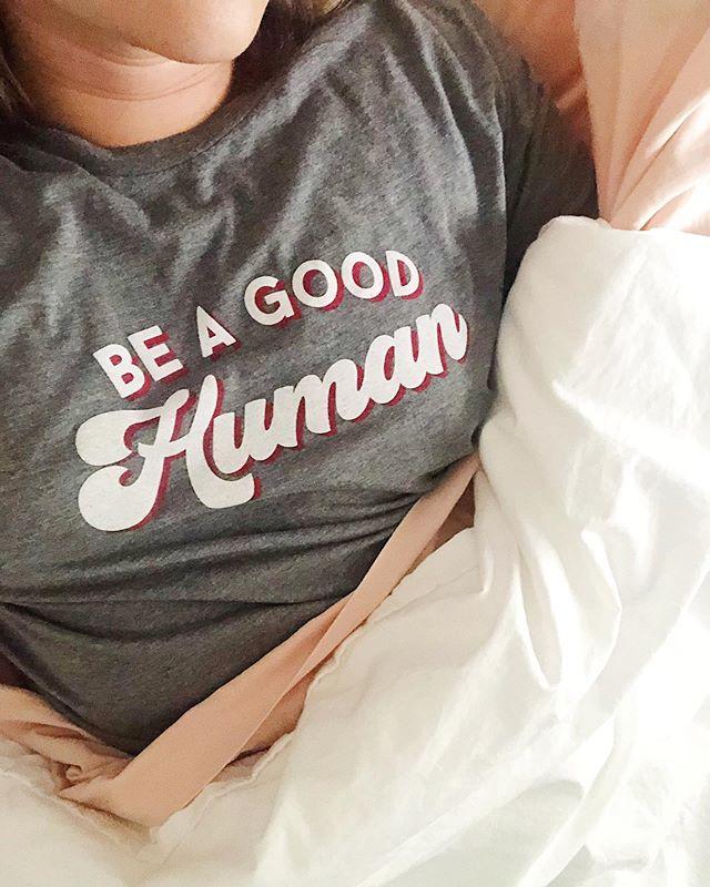 Starting the week off right ✨❤️👍🏼 #beagoodhuman