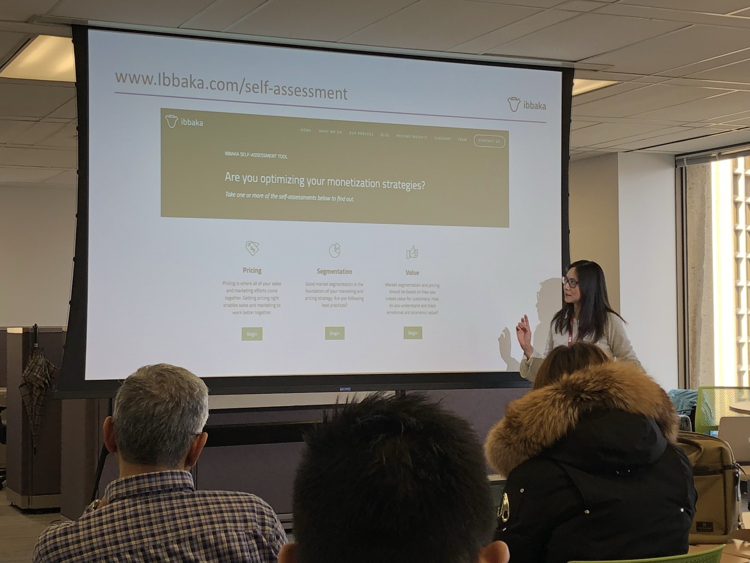 Karen Chiang from Ibbaka presenting on pricing and innovation at VentureLabs