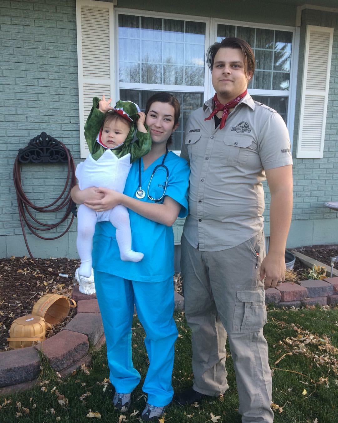 2016. My all time favorite family costume. Dinosaur hatch-ling, veterinarian, and Jurassic Park ranger.
