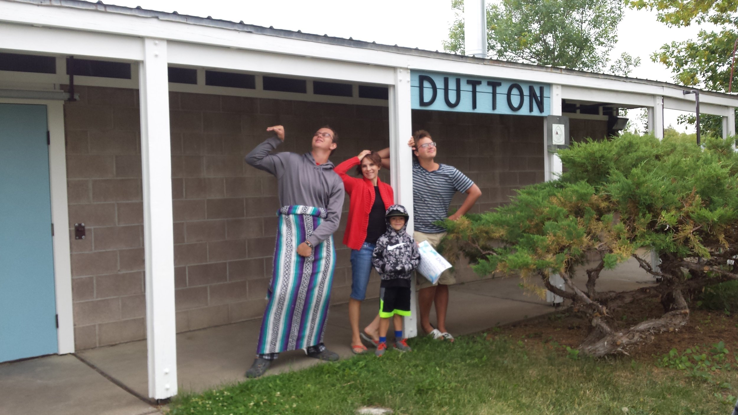Dutton Swimmers