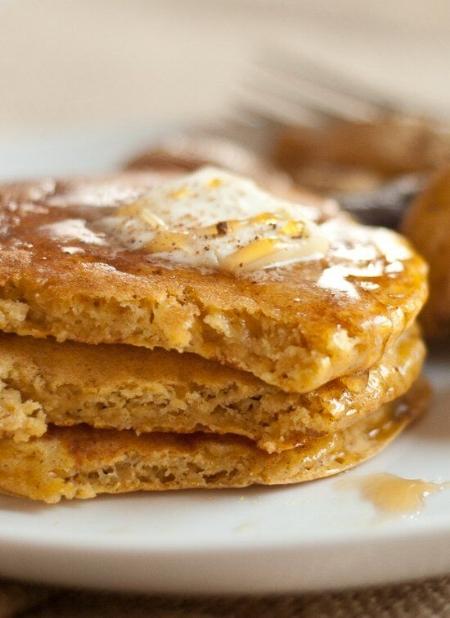 healthy-pumpkin-pancakes_preview.jpeg