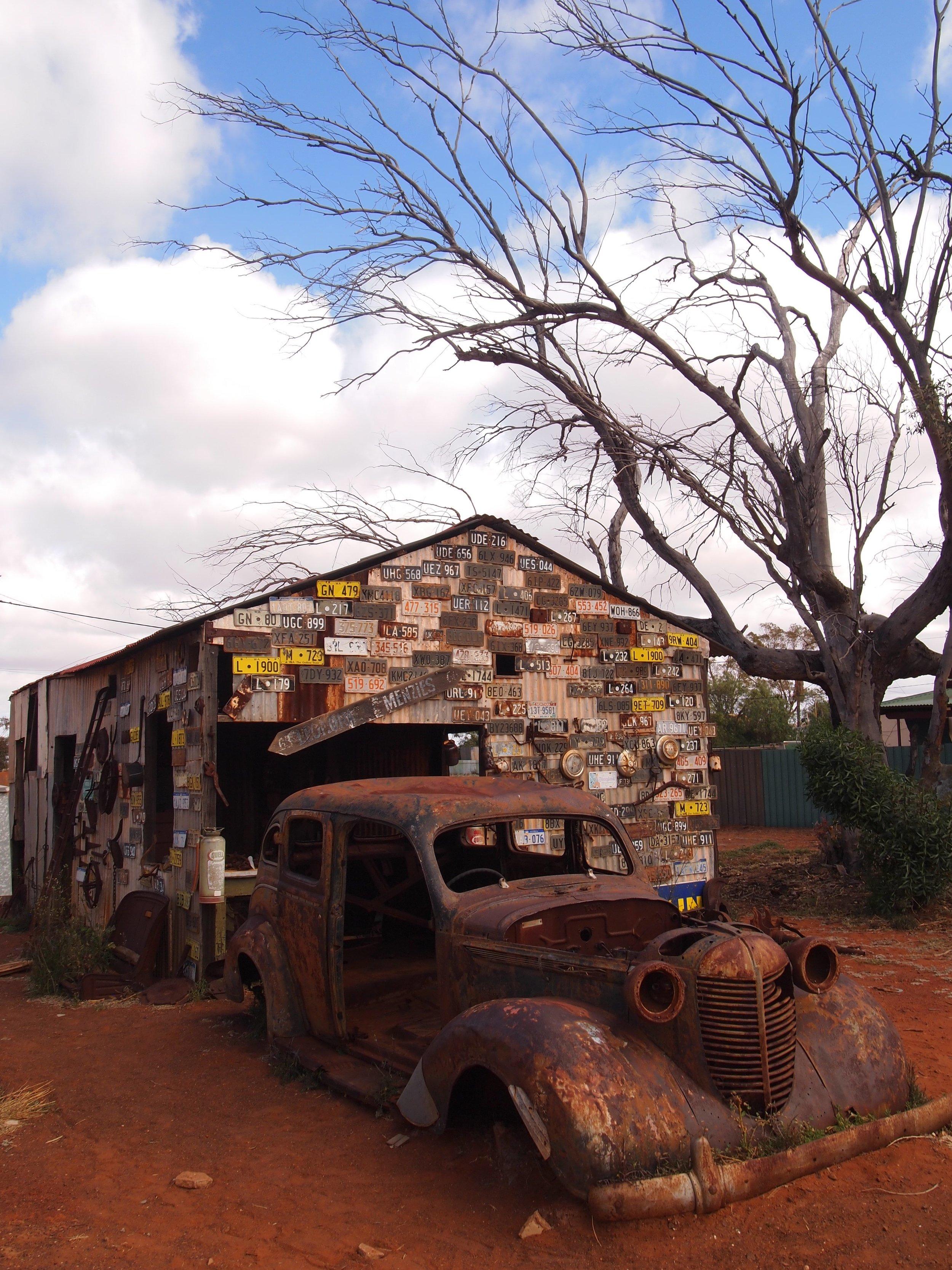 old_car_gwalia.jpg