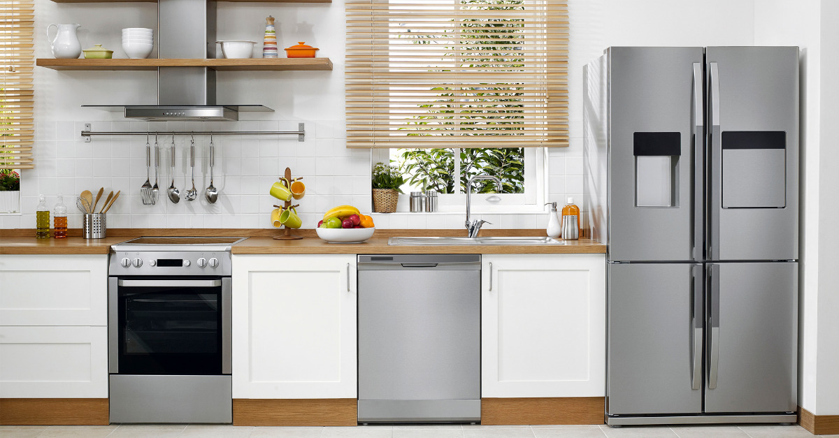 house_with_appliances_940320814.jpg