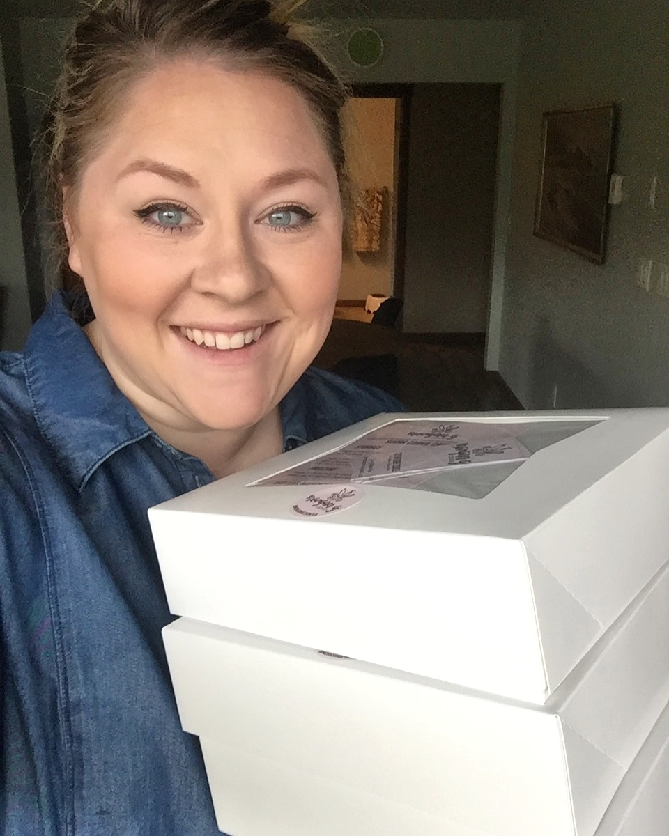About me... - Hi! I'm Morgan Gaunt and I started decorating sugar cookies in 2014 after taking an online course and deciding this would be my creative outlet while raising a small child lol! Over the years I've decorated thousands of sugar cookies and each new set I say to my husband
