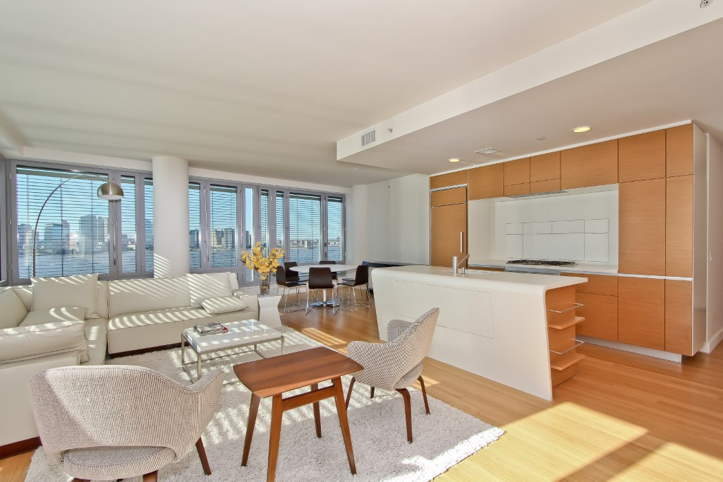 2 River Terrace, Apt 11H | Represented Owner | $14,750/month
