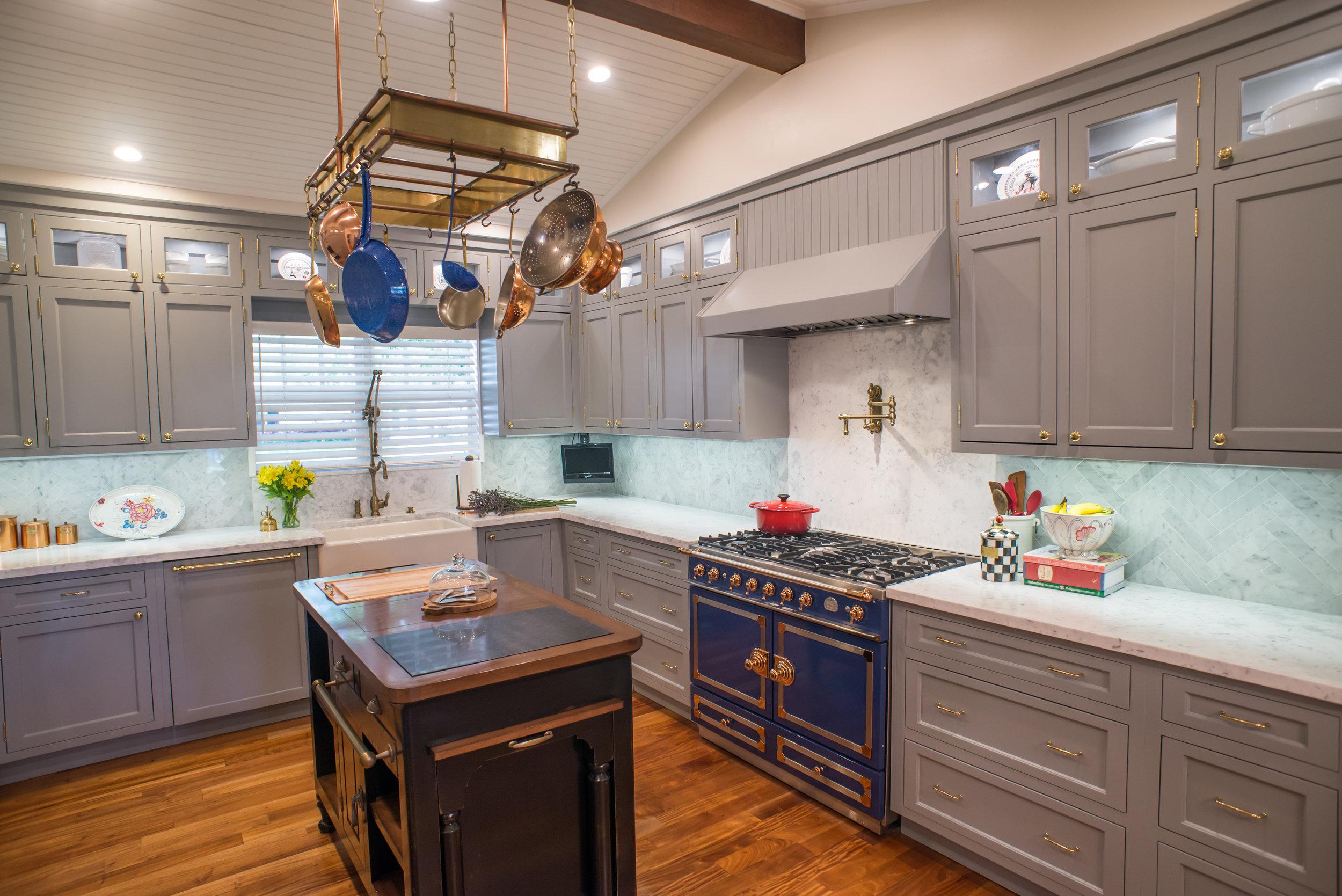 Kitchen right.jpg