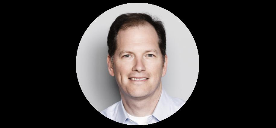 Associate Professor of Medicine at Harvard Medical School and renowned expert in circadian rhythms, sleep and jet lag, Steven W. Lockley, Ph.D.