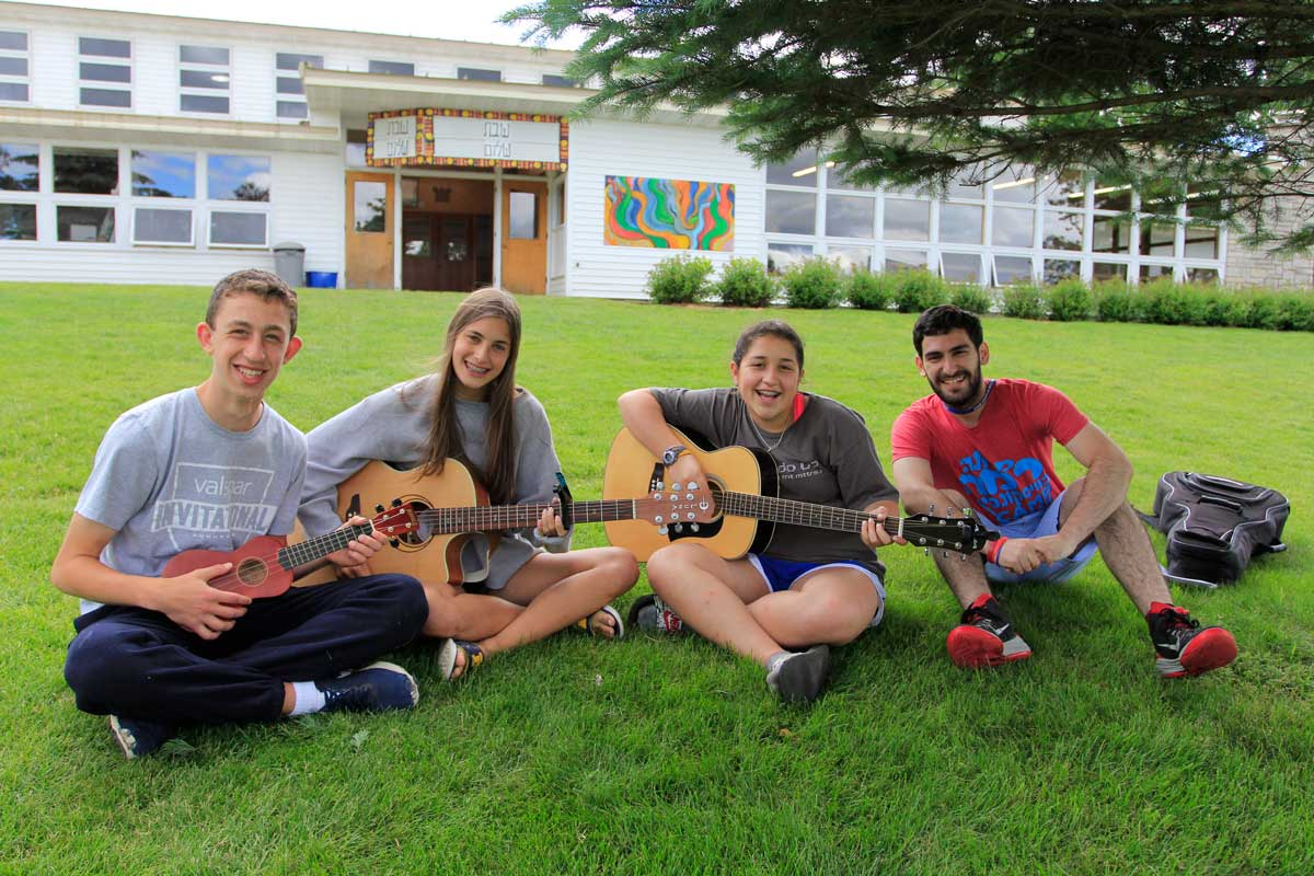 MUSIC / מוסיקה - Choir, instrumental instruction and performance including guitar, piano and drums, ukulele and traditional band and orchestra instruments. Campers can participate in the tizmoret (orchestra) to accompany singers in the musicals and Zimriyah music festival.
