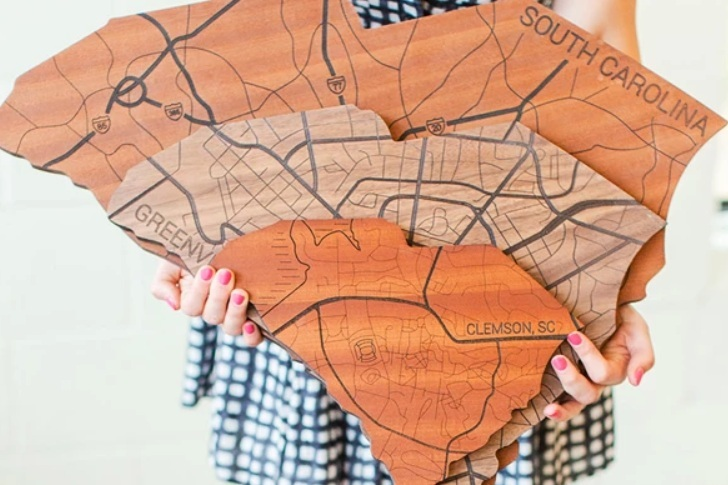 Local Stature - Our signs tell the story of where you've been, where you love, and where you call home.