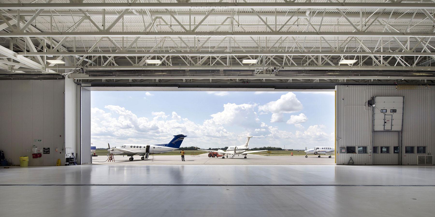 2015_025_YEG_Hangar-1693.jpg