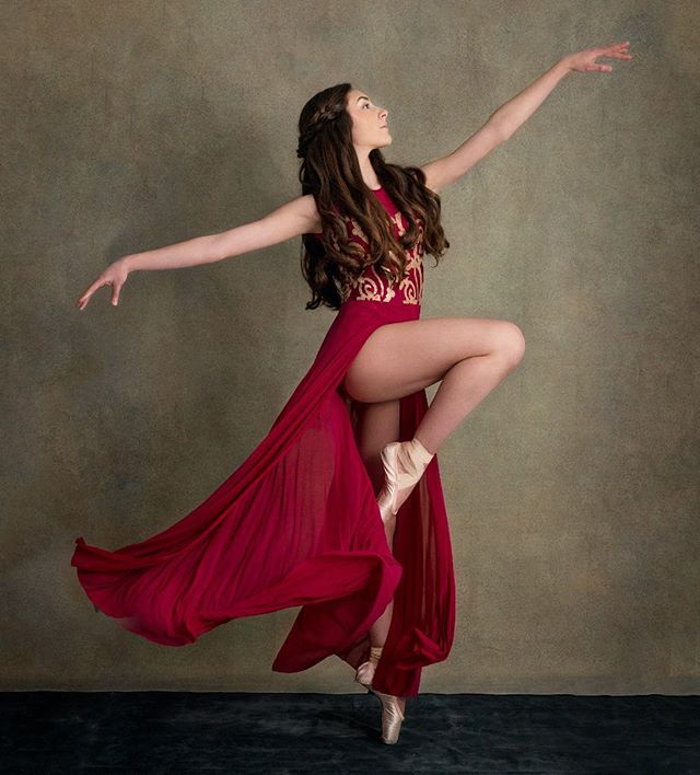 "Celebrating #internationaldanceday2019 with this portrait of the stunning @arabesque_ava . . ""Inside every dancer is a beginner that fell in love."" . . . Beautiful hair by @hairbykrystal18"
