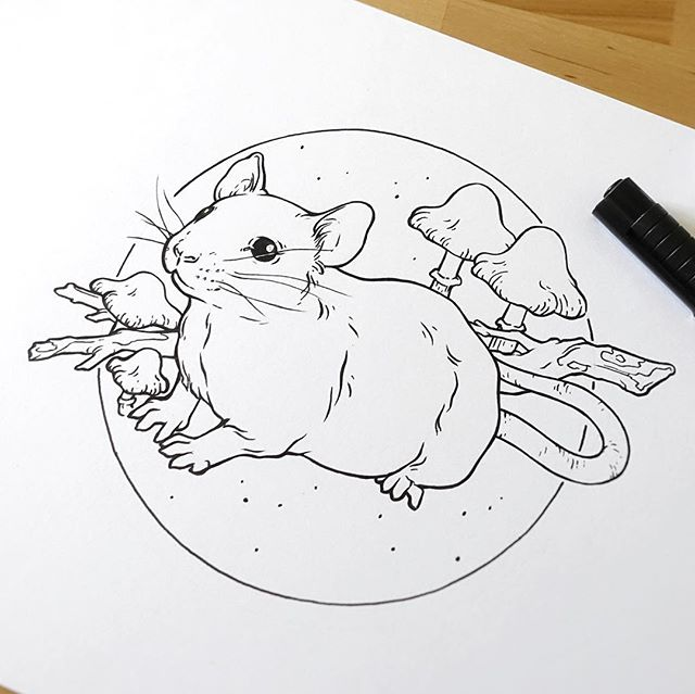 Mouse and mushrooms for a tiny sticker! 🐁   Also, I'm happy to announce that my Etsy shop is finally online, link in bio!