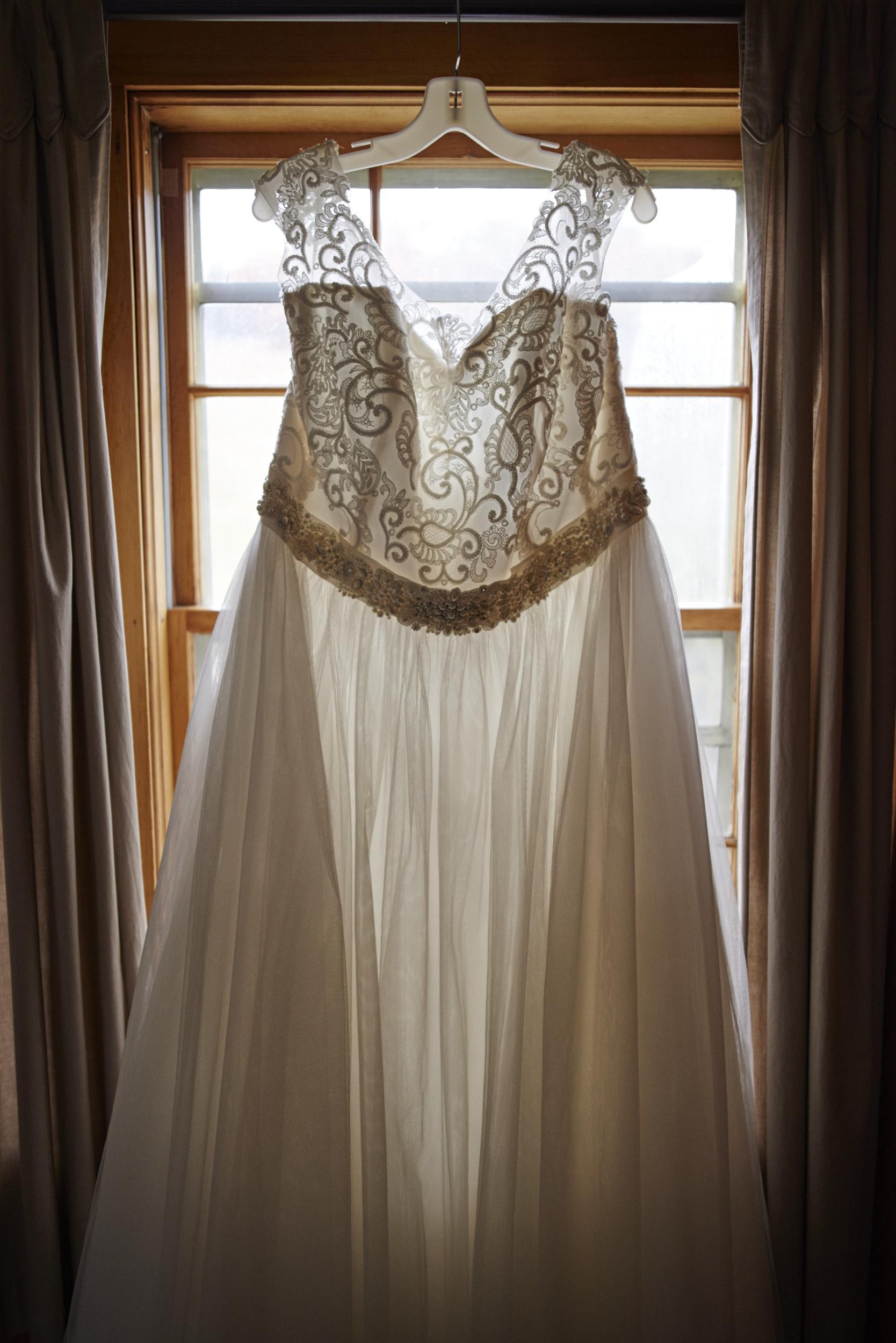 Top New Hampshire Wedding Photographer Wedding Dress