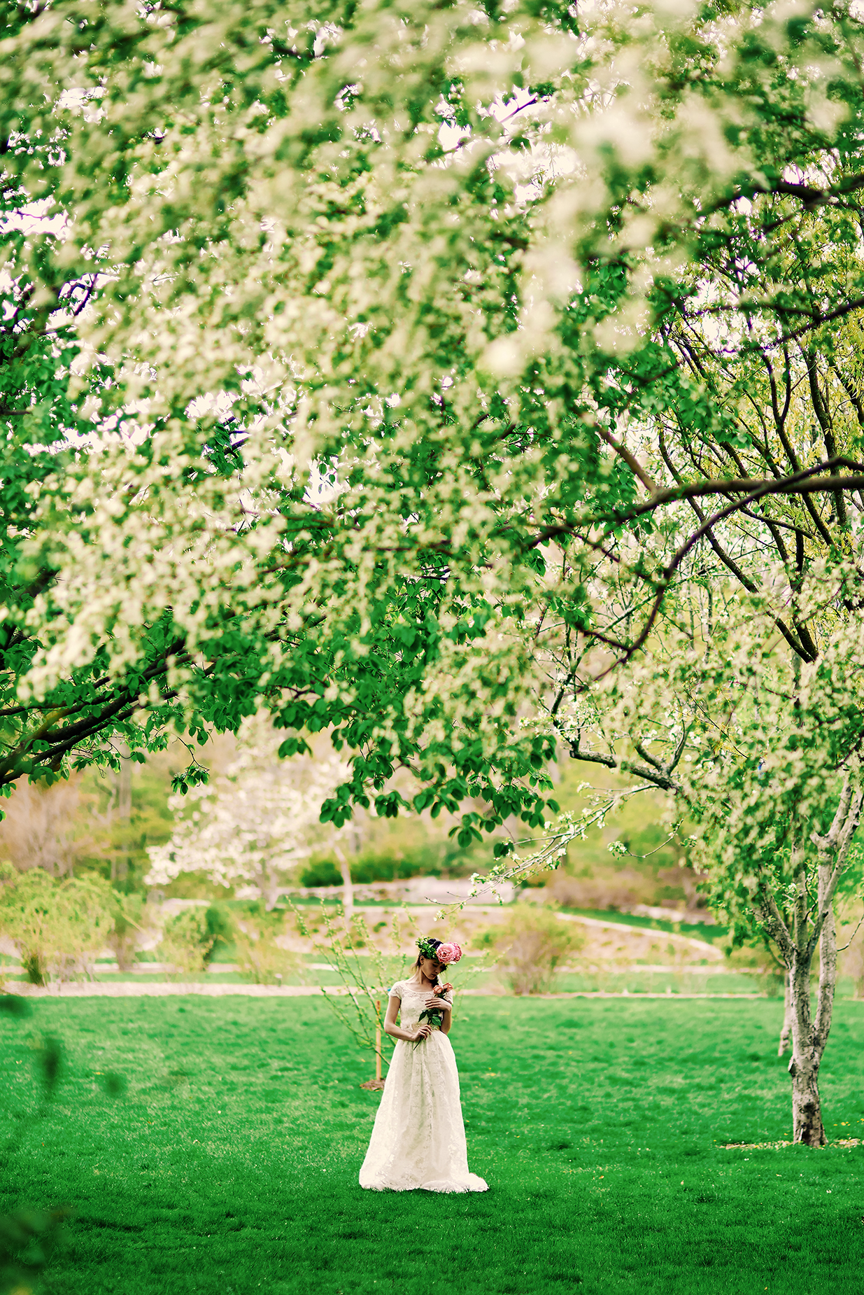 bride-by-pond-in-park-new-england-wedding.jpg