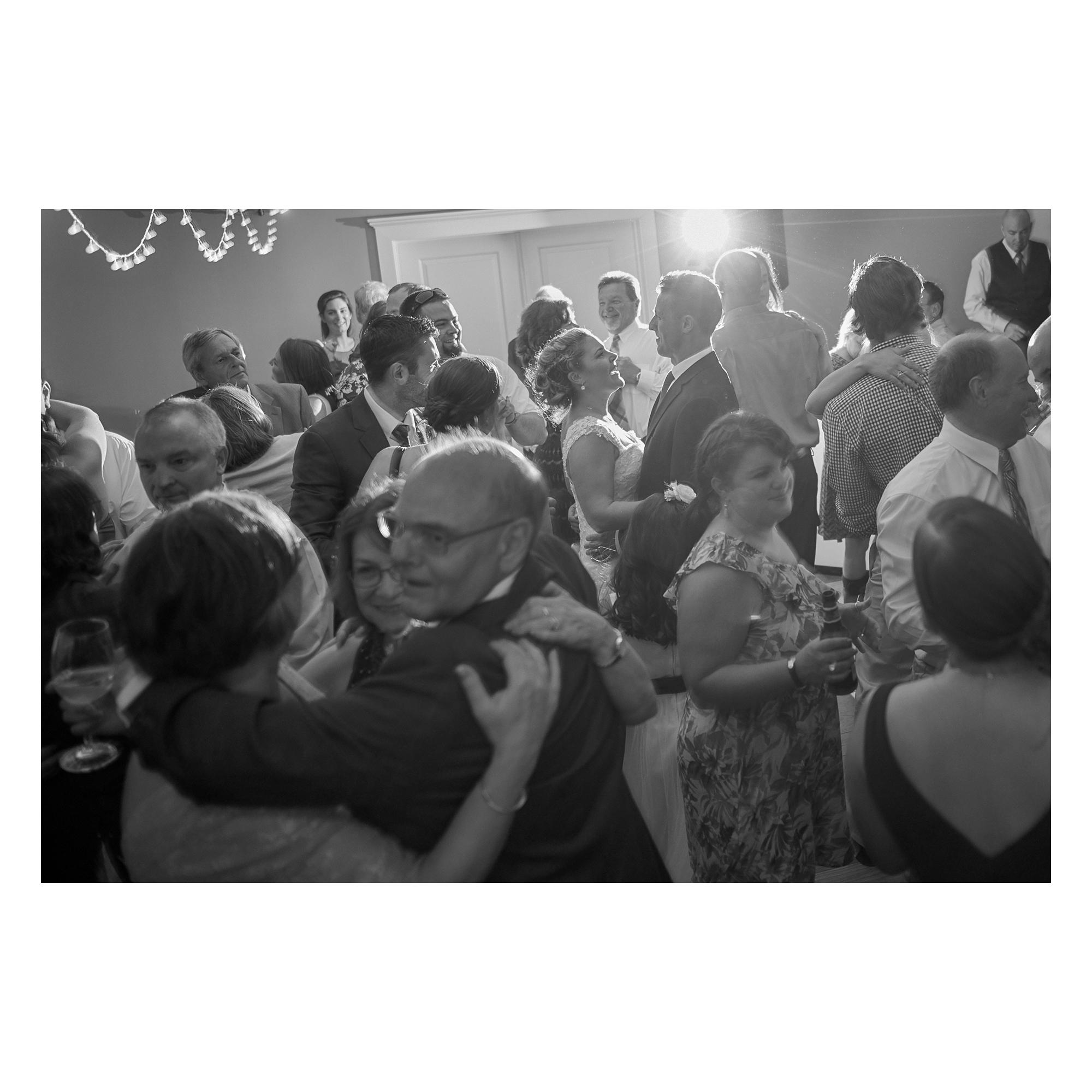 summer-wedding-in-connecticut-121.jpg