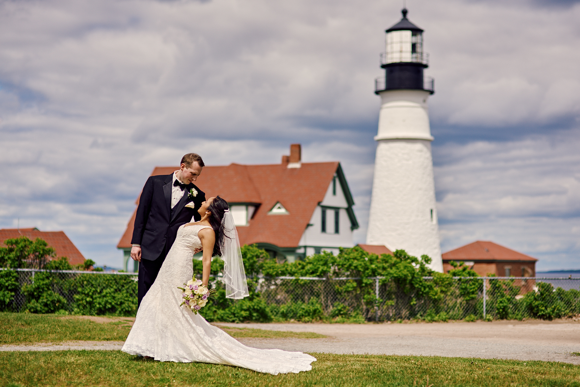 Portland Head Light is a popular lighthouse on the coast of Maine. Anyone can get gorgeous wedding photos here, imagine yours with a dream  Post-Wedding Session  in your wedding attire!