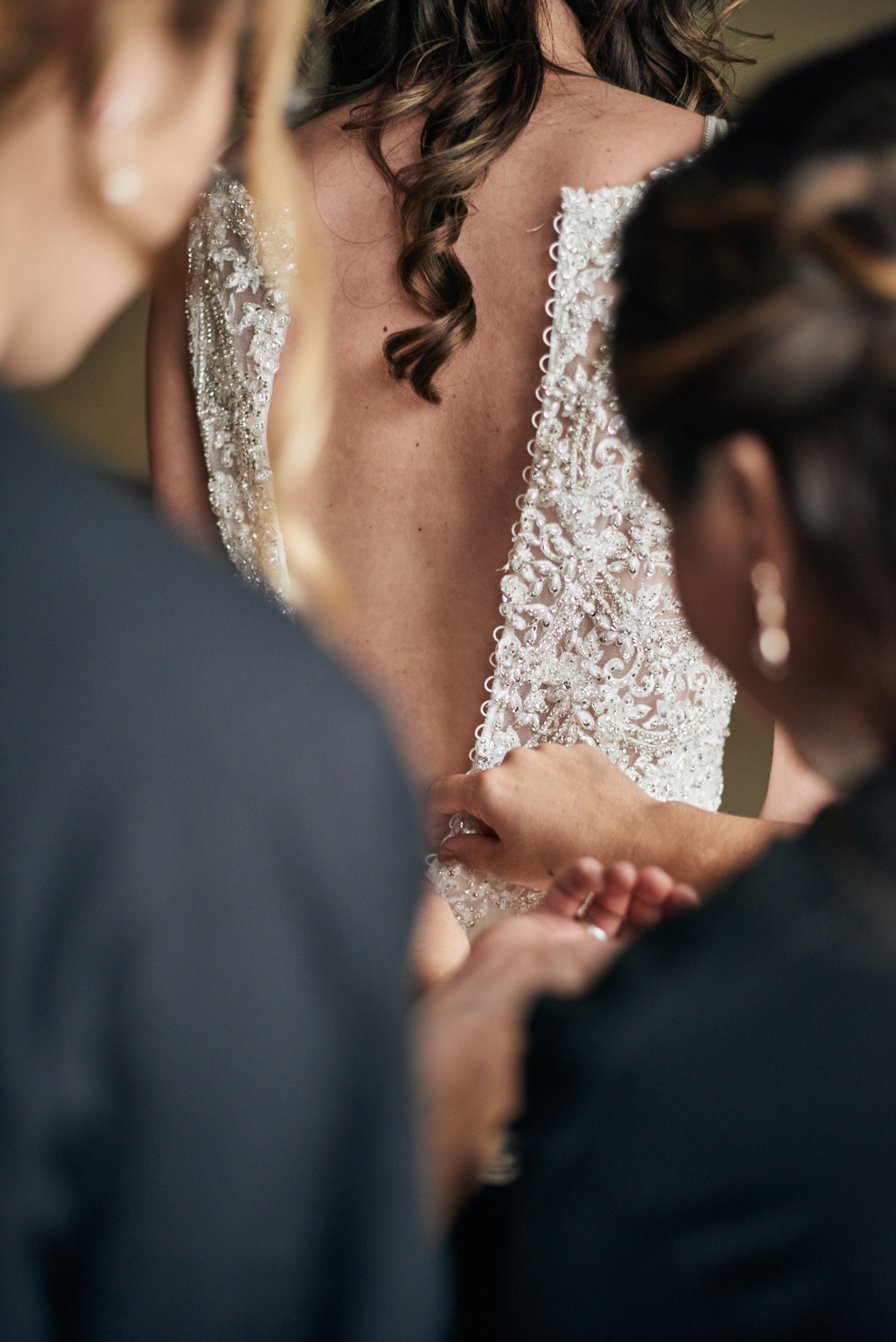 Wedding Photography by Cate Bligh, bride getting ready at Mountain Edge Resort and Spa in Newbury, NH