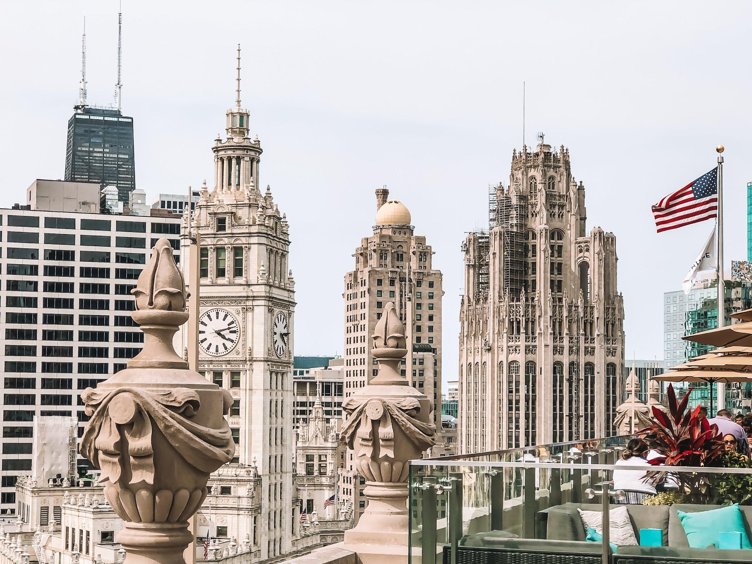 ella-talei-chicago-rooftop-bars