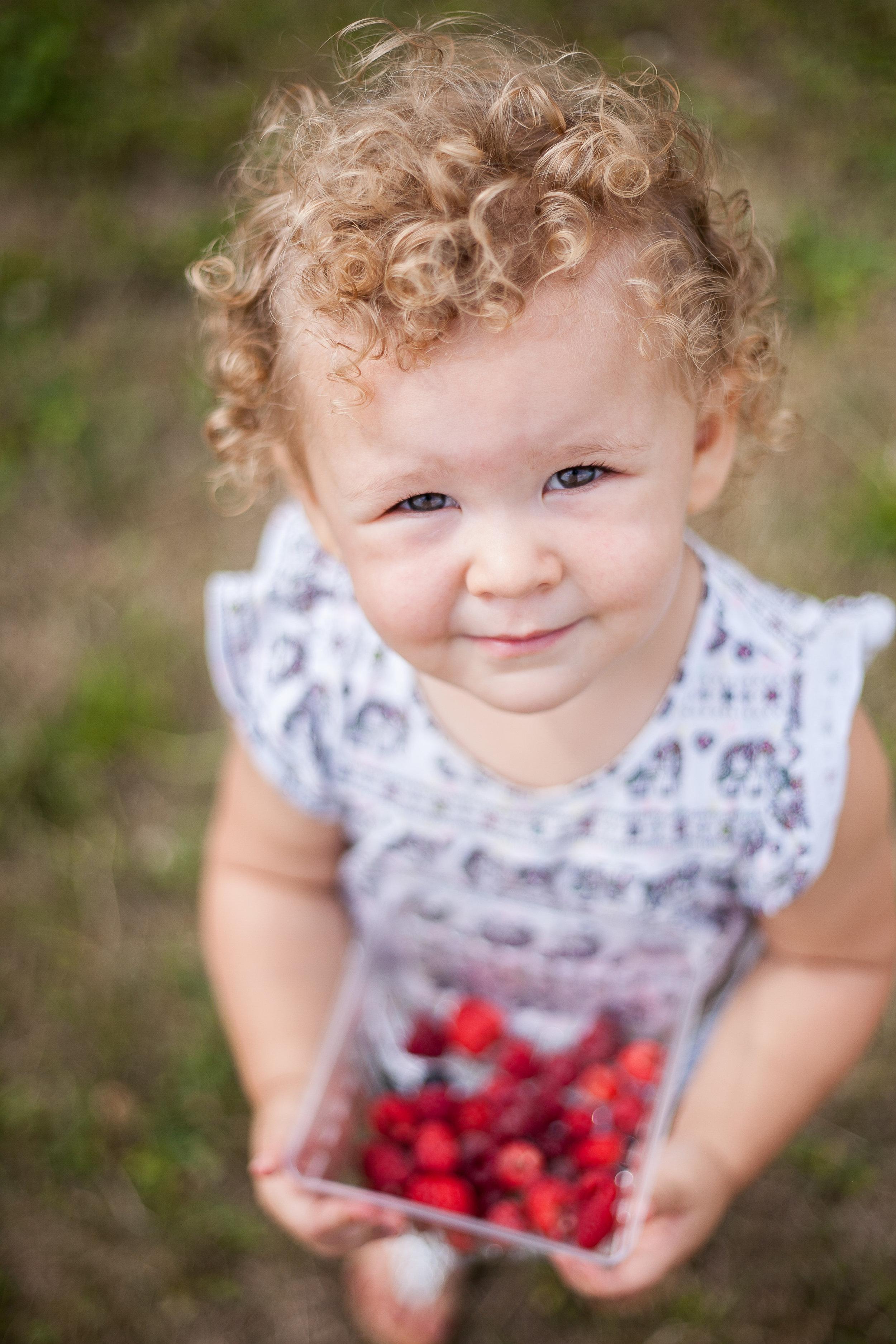 Avery berries-18.jpg