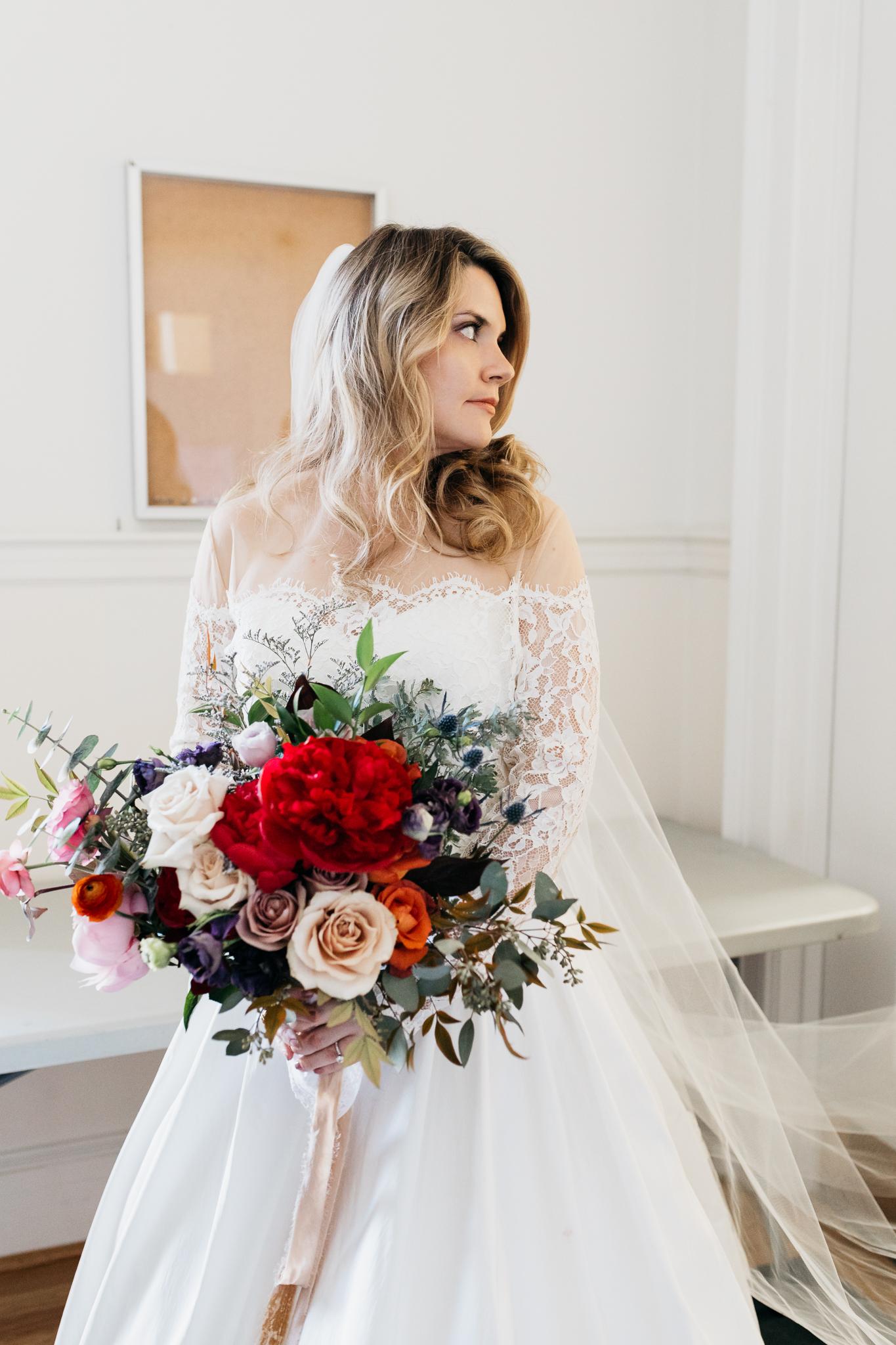 bride red wedding bouquet