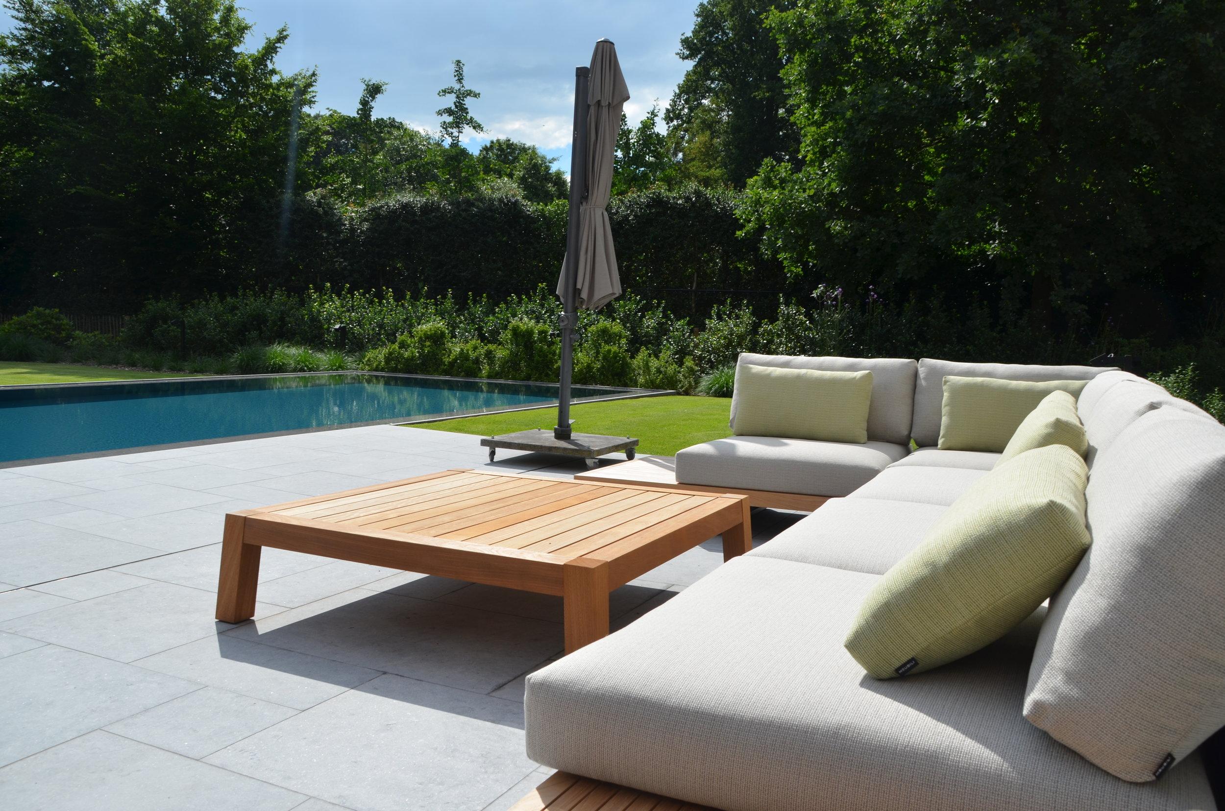 Myproject | tuinrealisatie terras zwembad lounge.JPG