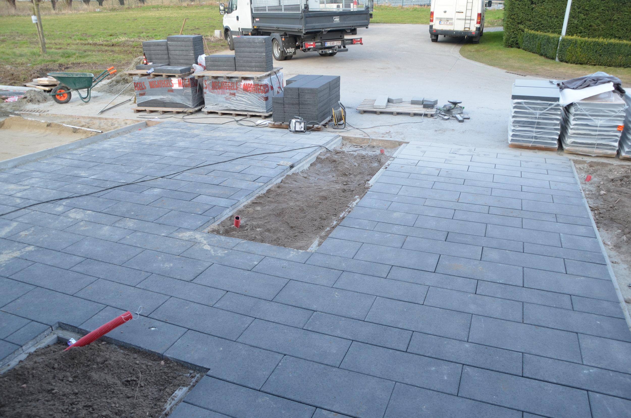 Myproject | plaatsing betonklinkers.JPG