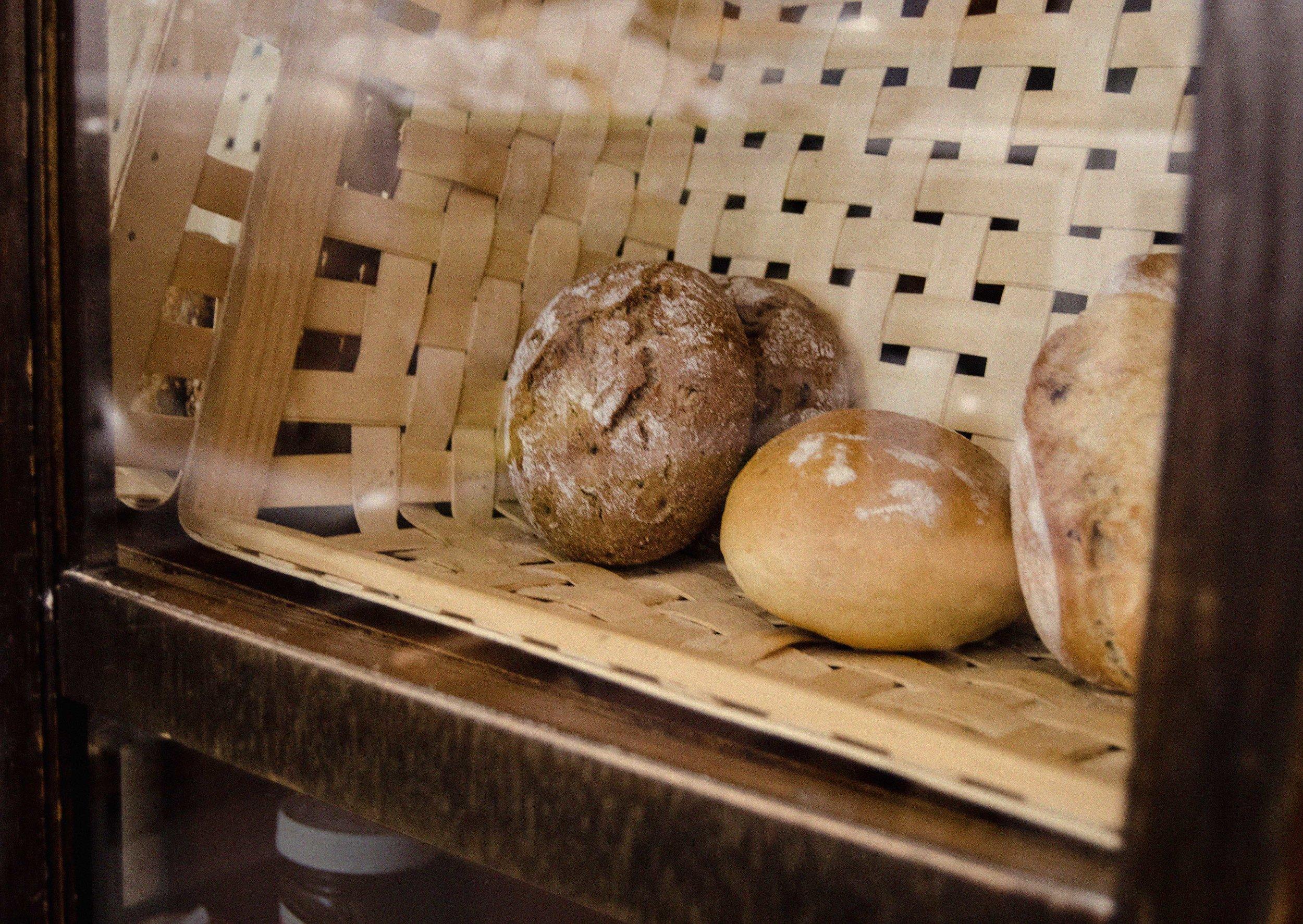 bread 1 lr.jpg