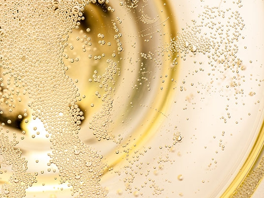 The Bubbles - Thanks to different winemaking techniques and ageing, the three end up having different kind of bubbles.Champagne: the finest and most persistent, thanks to the higher pressure at which it's aged.Cava: fine and persistent.Prosecco: light, frothy, bigger, and less persistent.You pick your style!