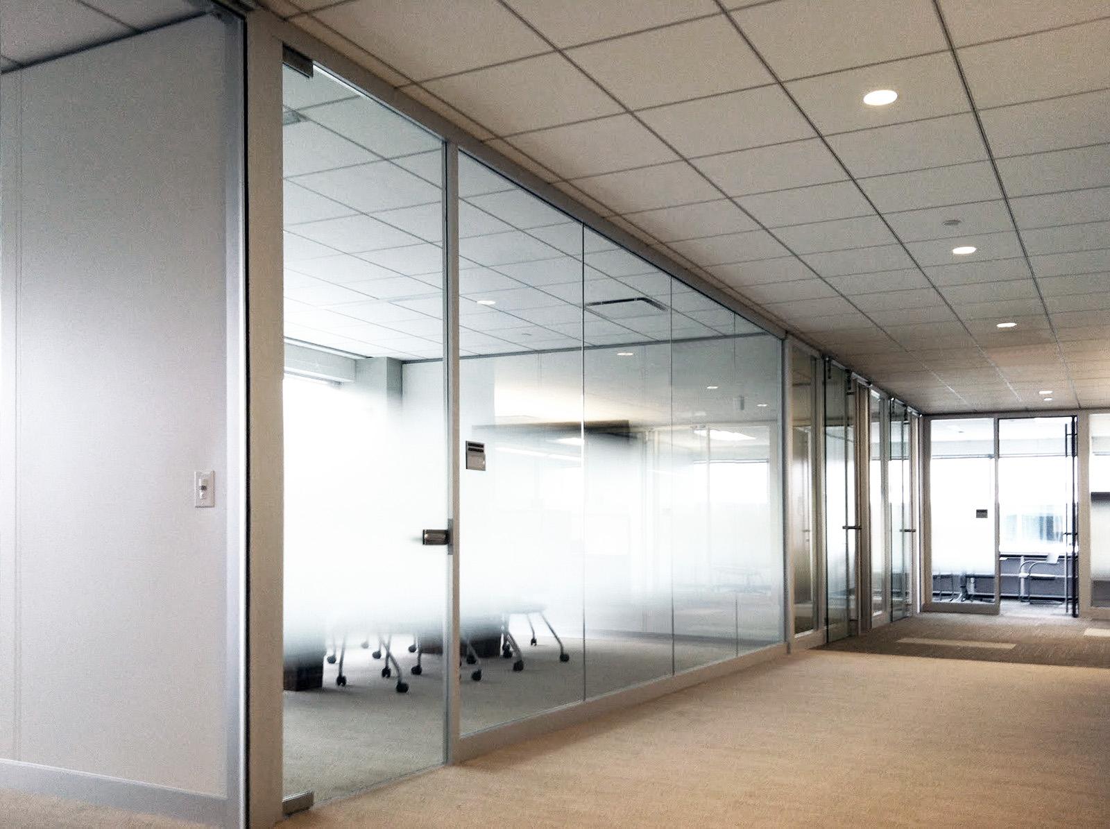 Endo_Lightline-conference-room_Genius-offices.jpg