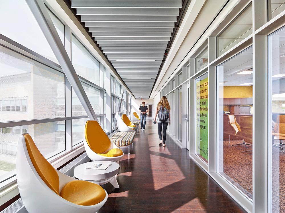 corbett-inc-ki-furniture-higher-ed-hallway.png