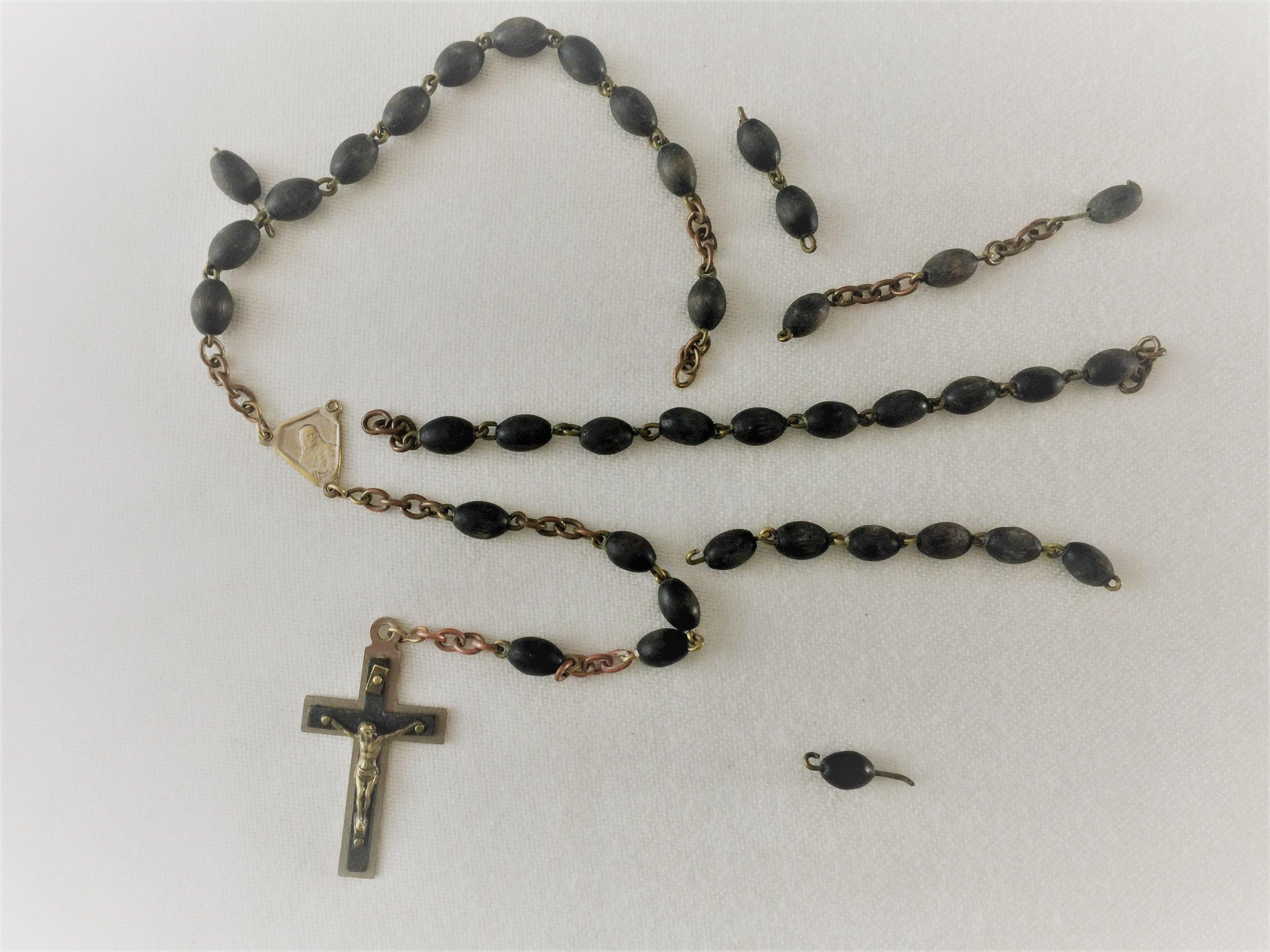 Broken Rosary.jpg
