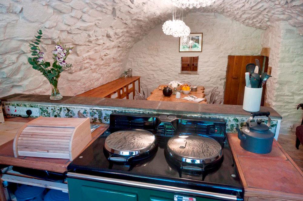 Aikwood-Kitchen-2.jpg