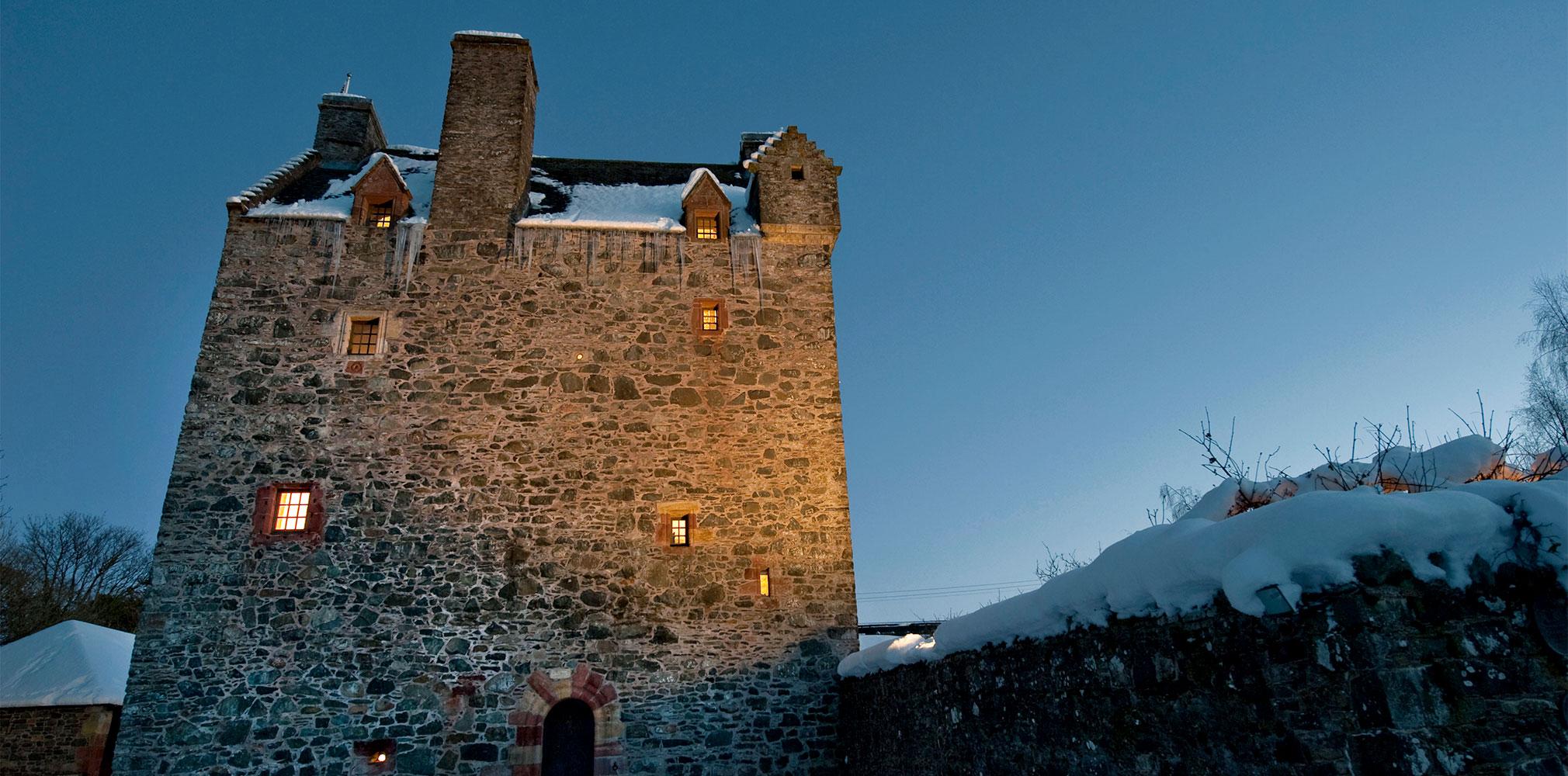 Aikwood-Tower-Night-C.jpg
